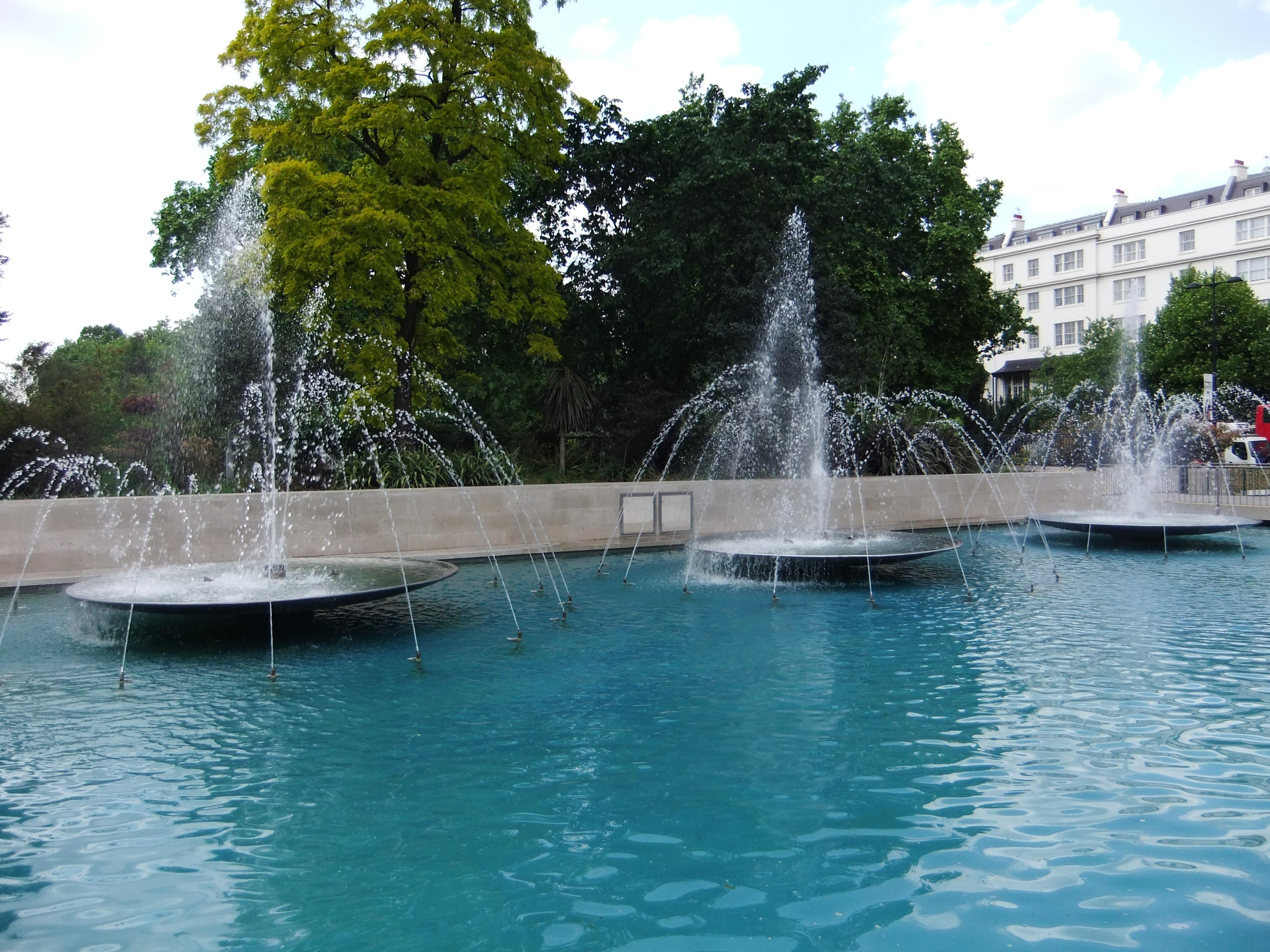 File Fountains Marble Arch London Dscf0442 Jpg