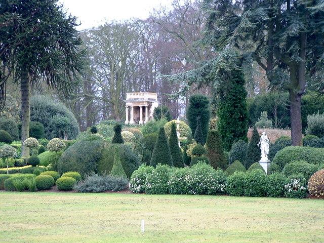Gardens, Brodsworth Hall - geograph.org.uk - 292232