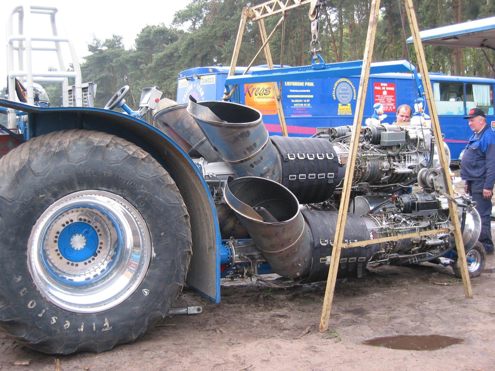 Tractor Pull Pics