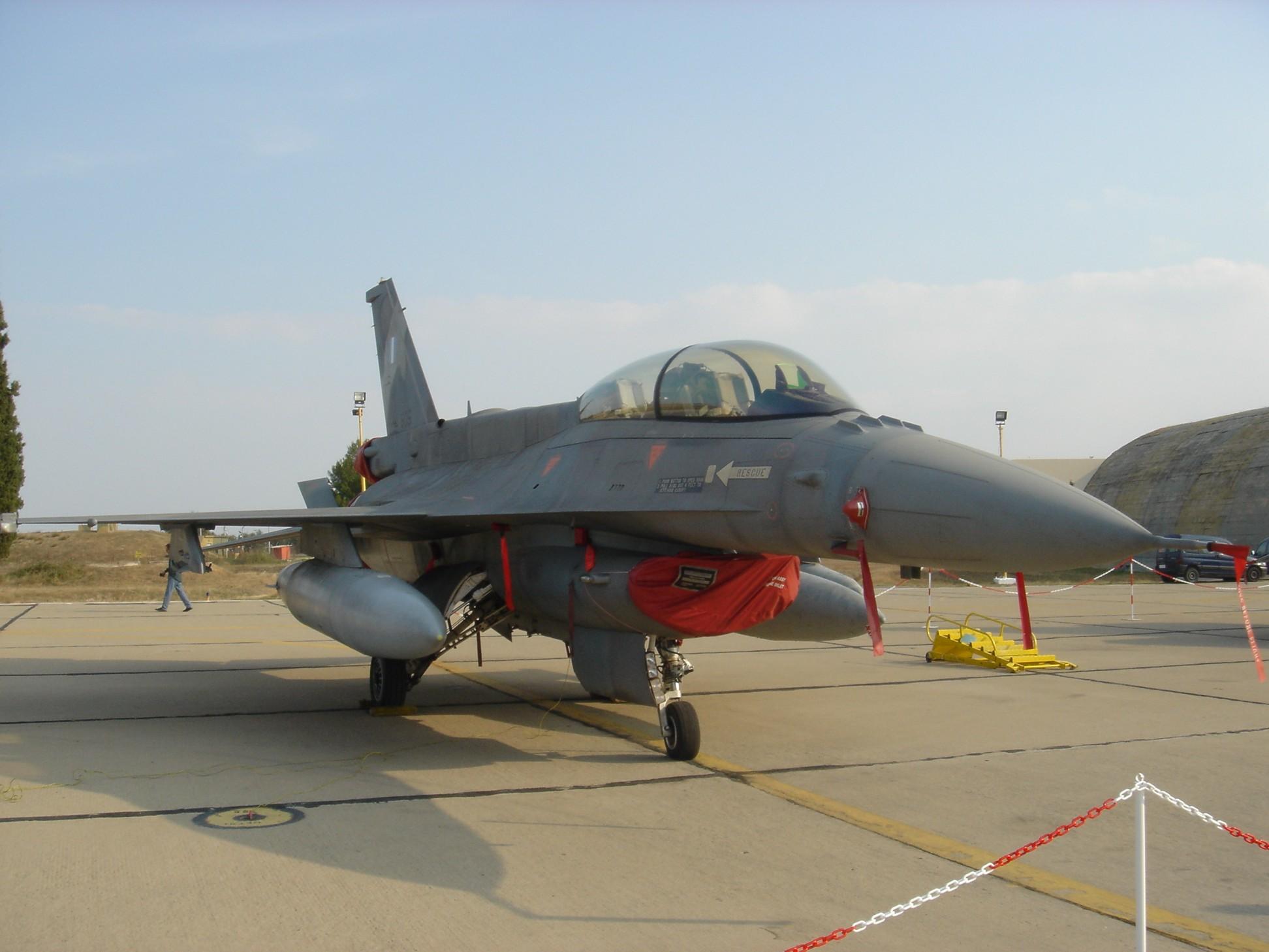 F-16 Fighting Falcon - Βικιπαίδεια