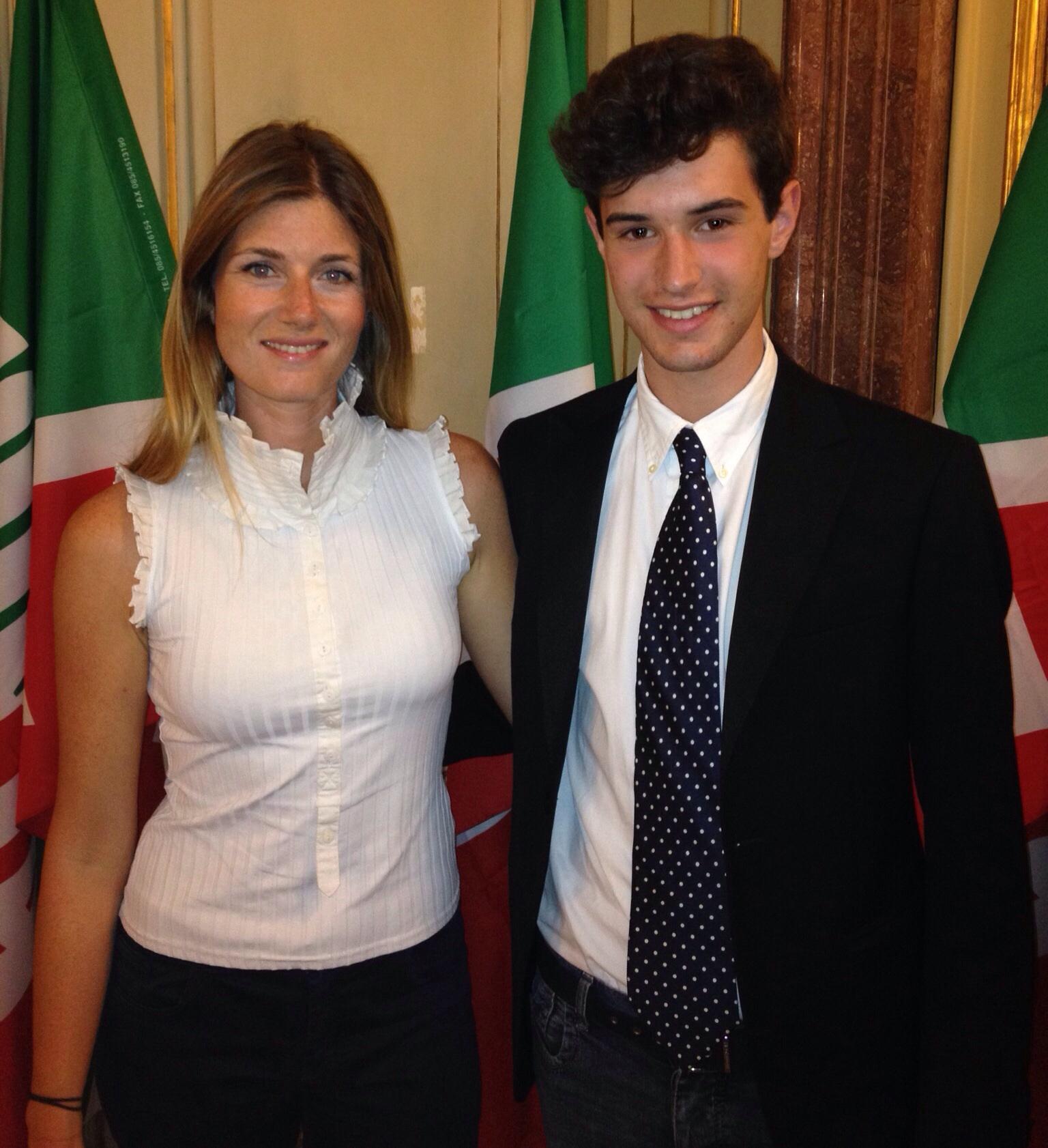 File il coordinatore dei giovani di forza italia di torino for Abbreviazione di onorevole