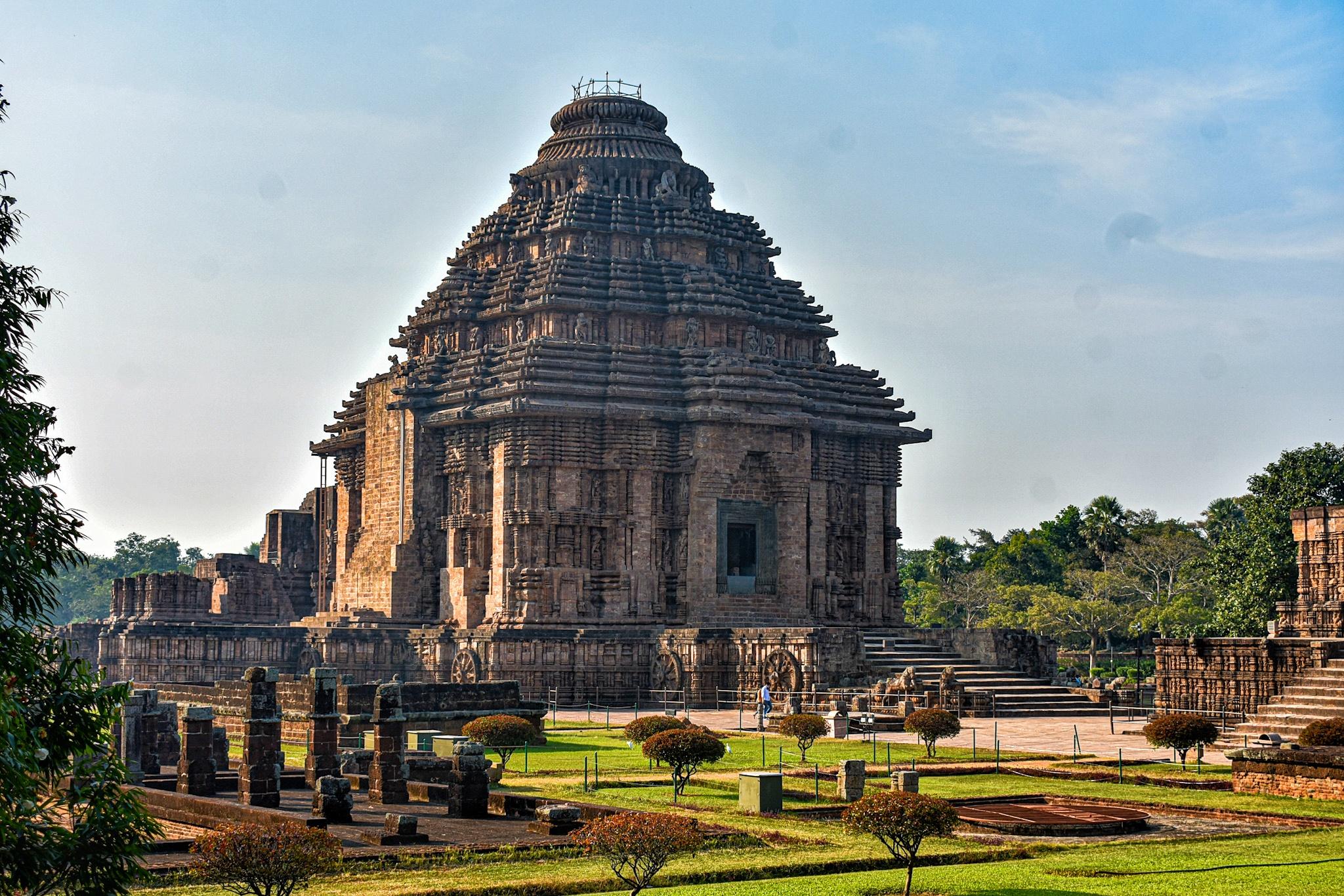 Konark Sun Temple - Wikipedia