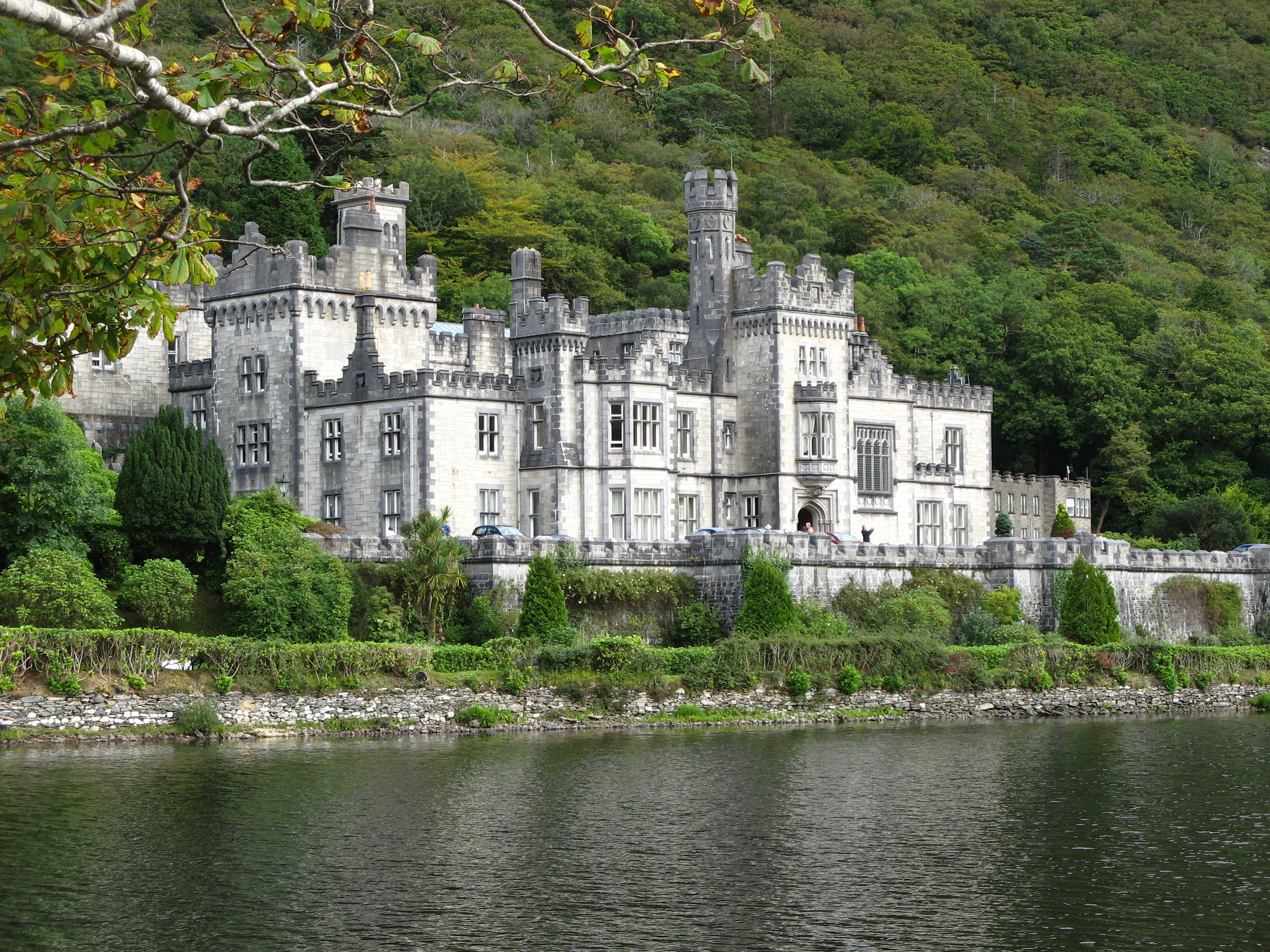 Kylemore Abbey Is Not For Sale But It 39 S Teaming Up With A