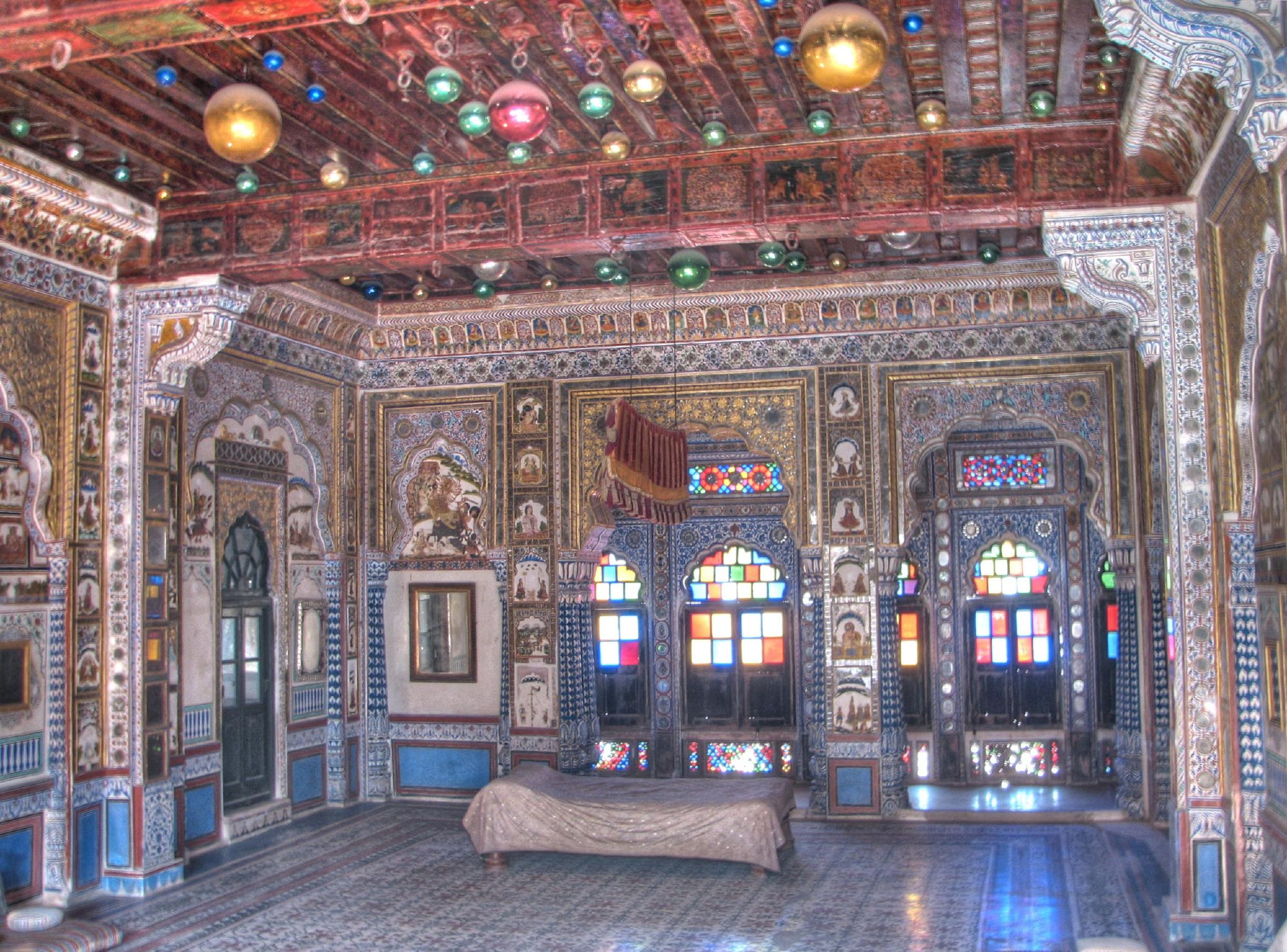 File:Maharajas room, within the Mehrangarh Fort Palace.jpg