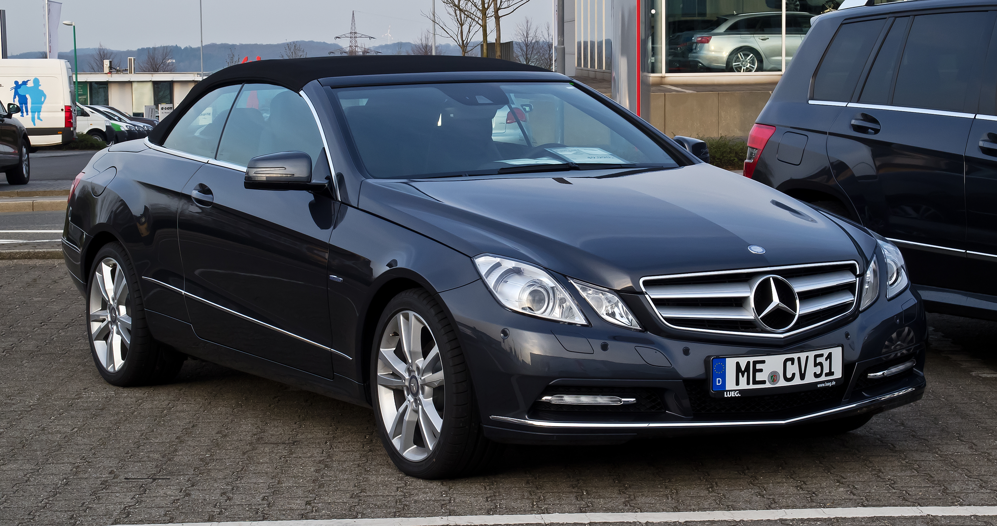 file mercedes benz e 200 blueefficiency cabriolet a 207 frontansicht 6 april 2012 velbert. Black Bedroom Furniture Sets. Home Design Ideas