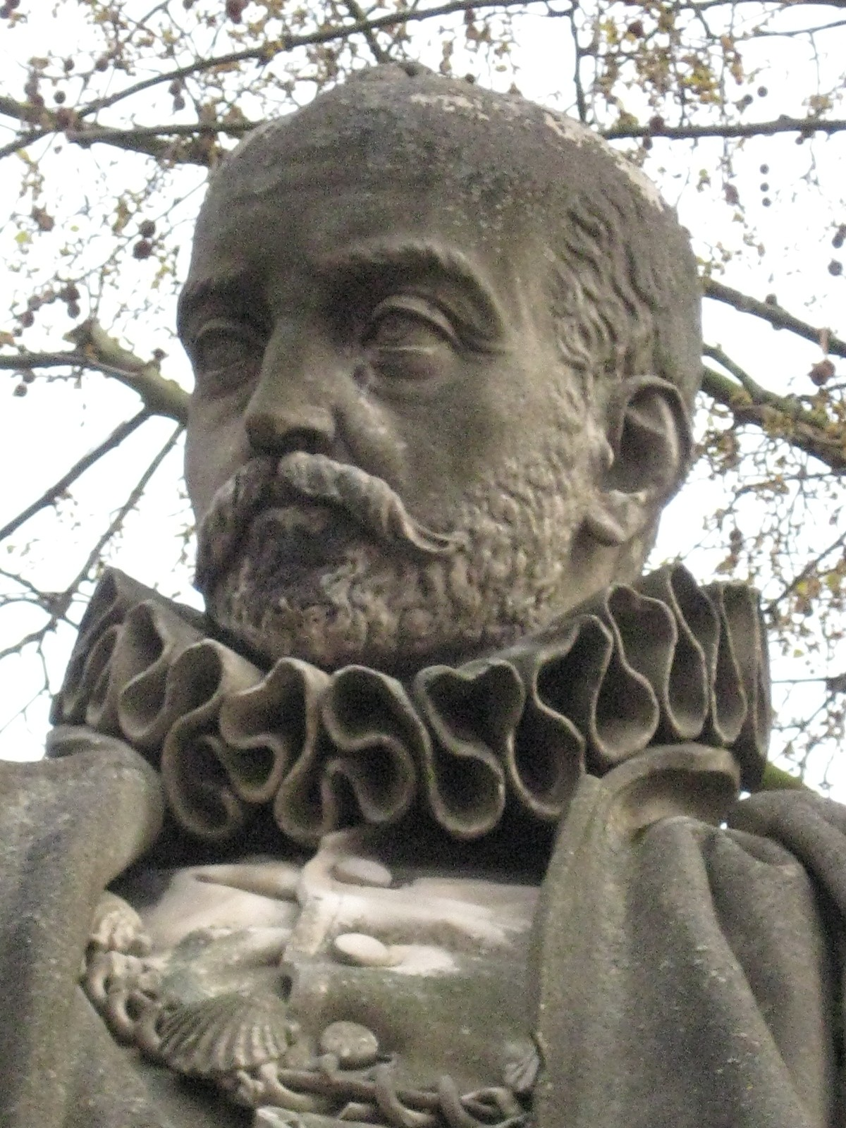 michel de montaigne essay of the inconsistency of our actions Essays, book ii michel de montaigne contents 1 the inconsistency of our actions 1 2 drunkenness 4 3 suicide 9 5 conscience 16 6 practice 18 7 honorific awards 24.
