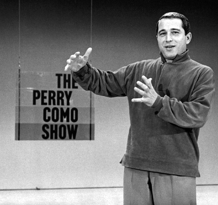 File:Perry Como Como Show promotion 1959.JPG - Wikimedia Commons