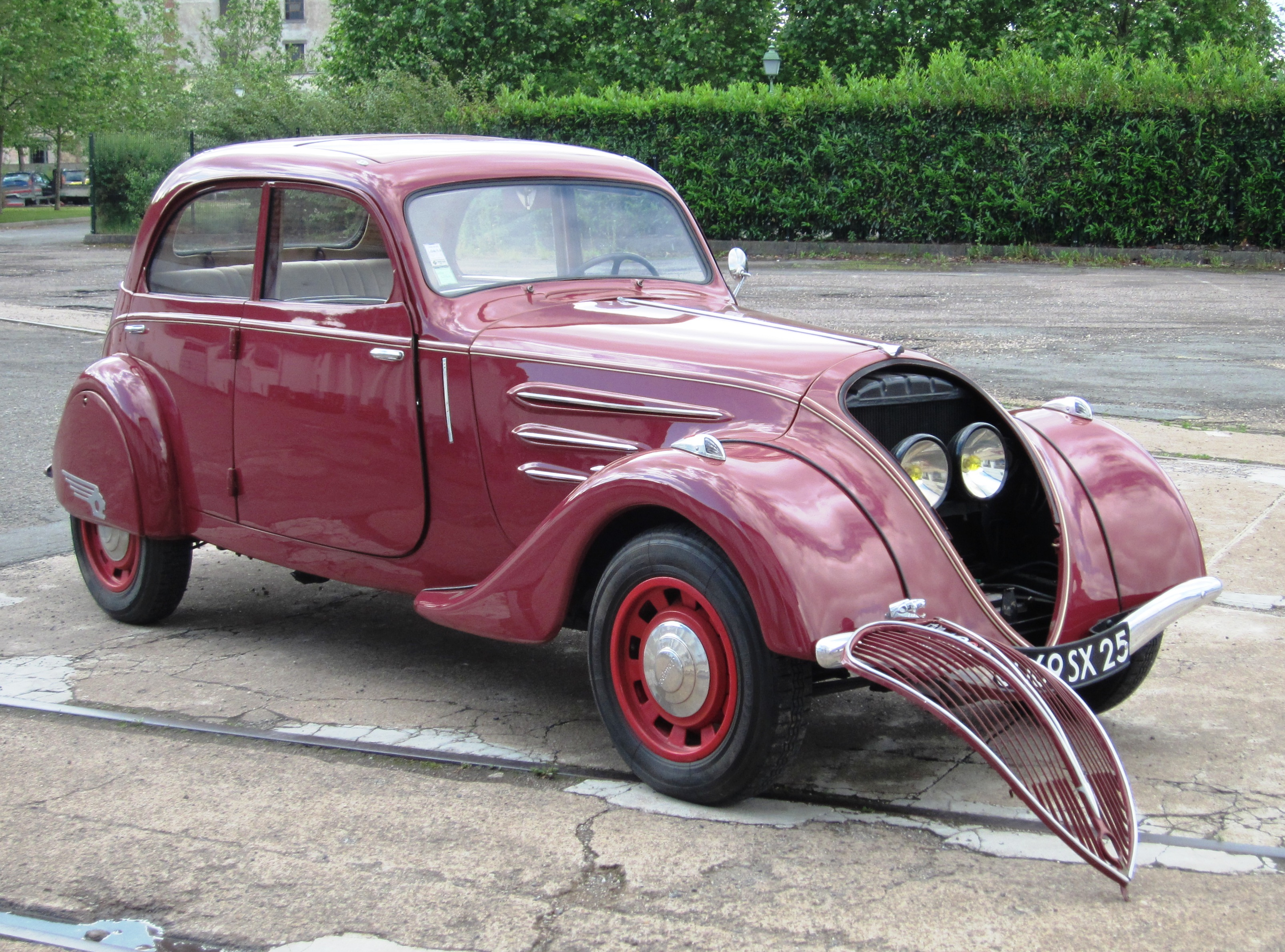 Respects a Peugeot 202