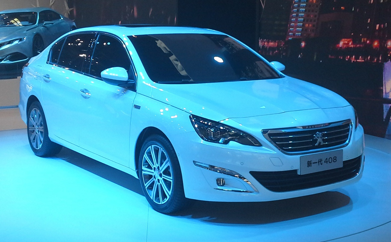 File:Peugeot 408 II 01 Auto China 2014-04-23.jpg