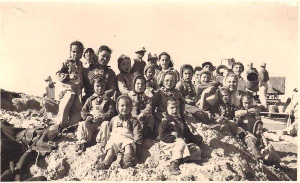 ילדי ניר-עם 1947