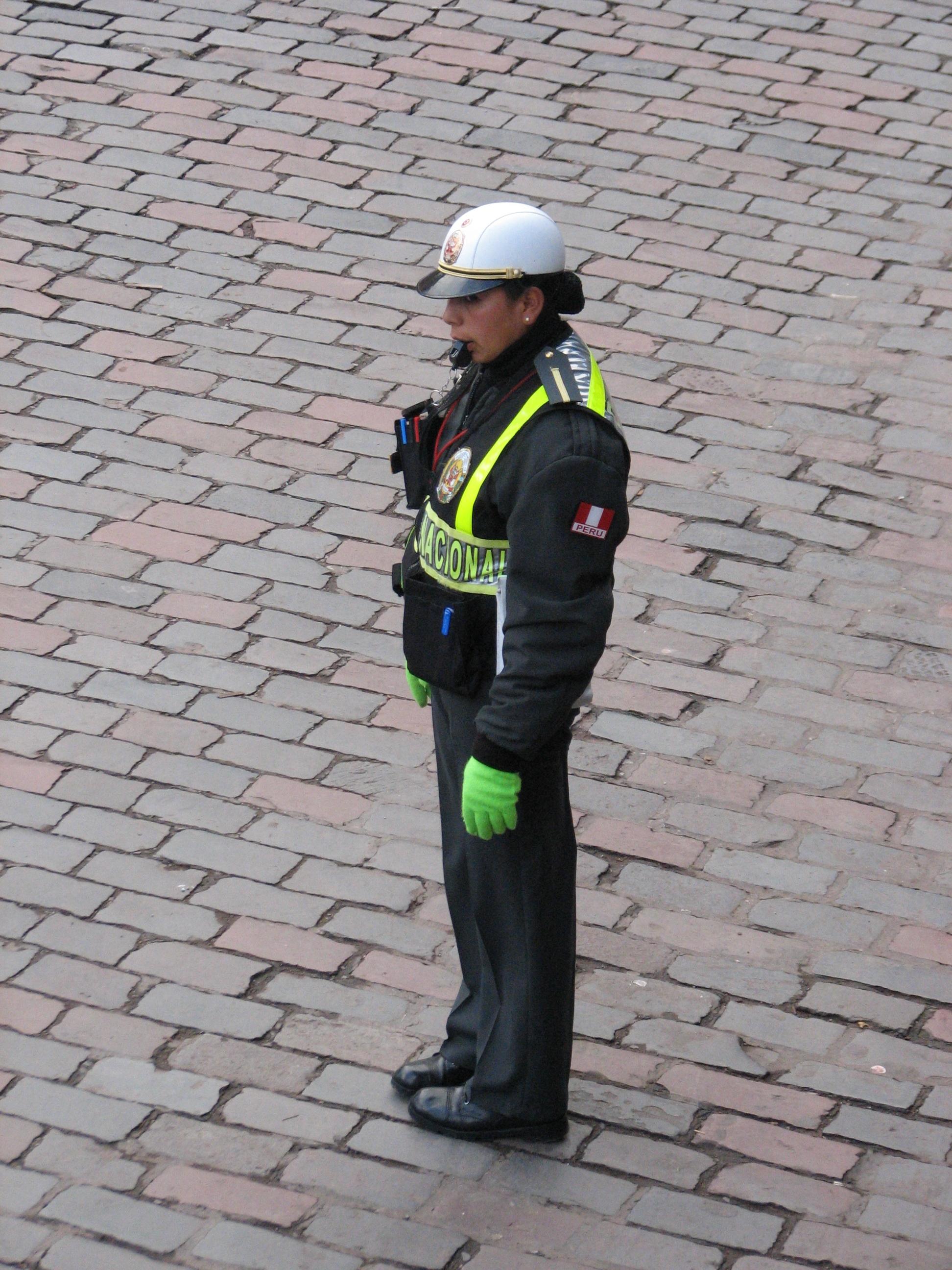 Imagen de policia de transito imagui for Ministerio de policia nacional