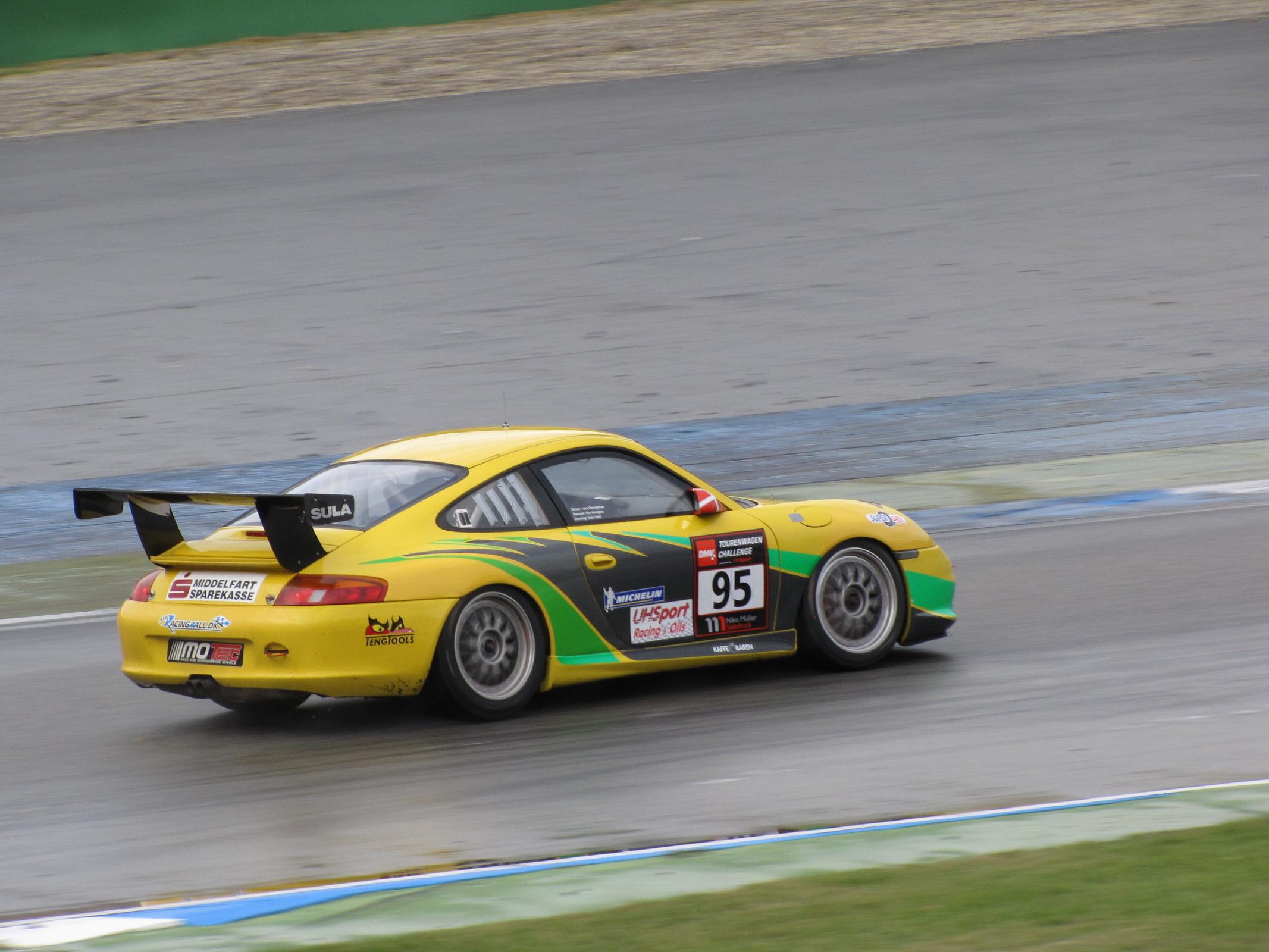 Porsche_996_GT3_Cup_DMV_Tourenwagen_Challenge_2009.JPG