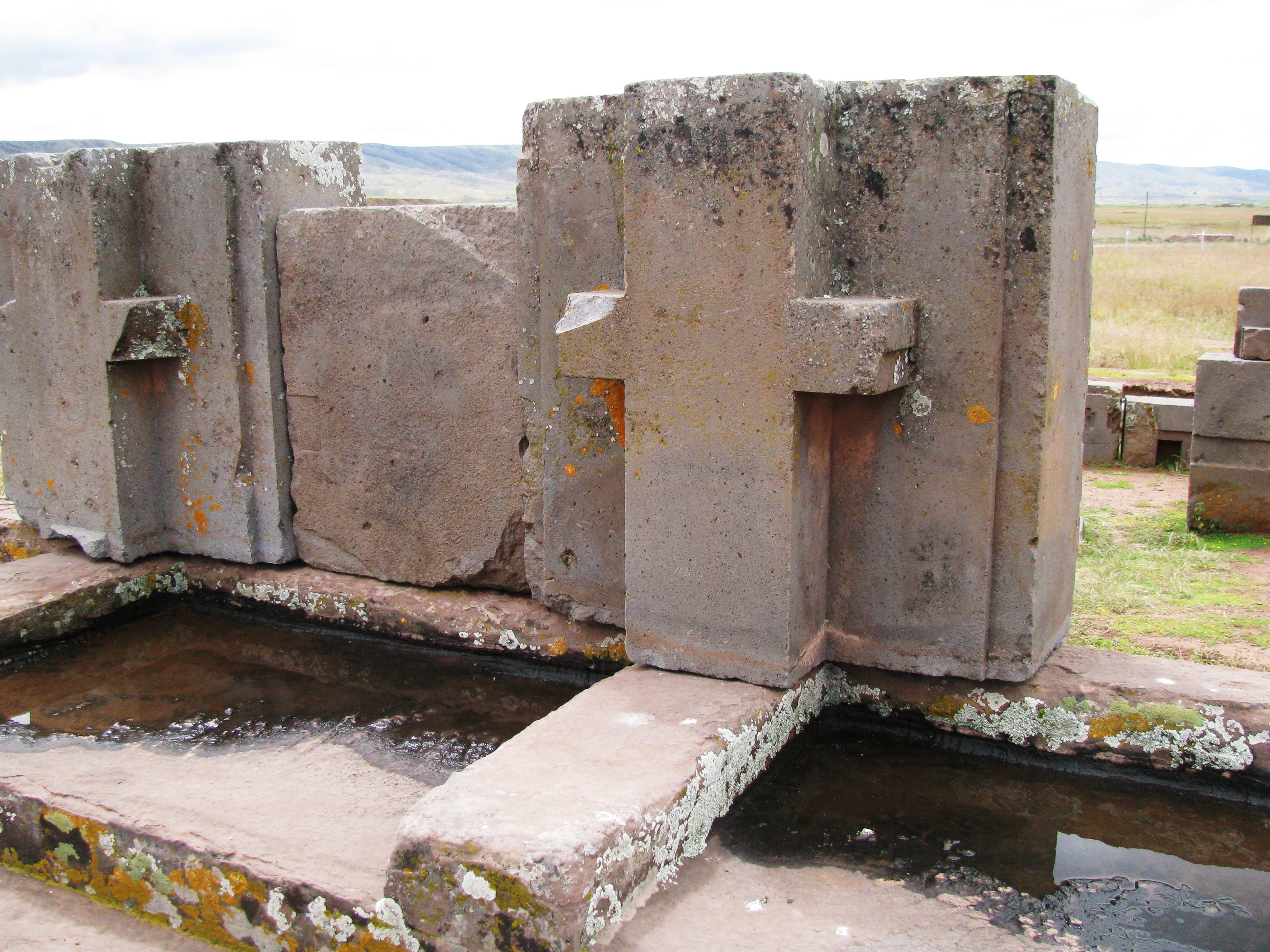 dating puma punku A new form of dating is currently being completed at puma punku using a new  technology called cosmogenic dating to date when the stone.
