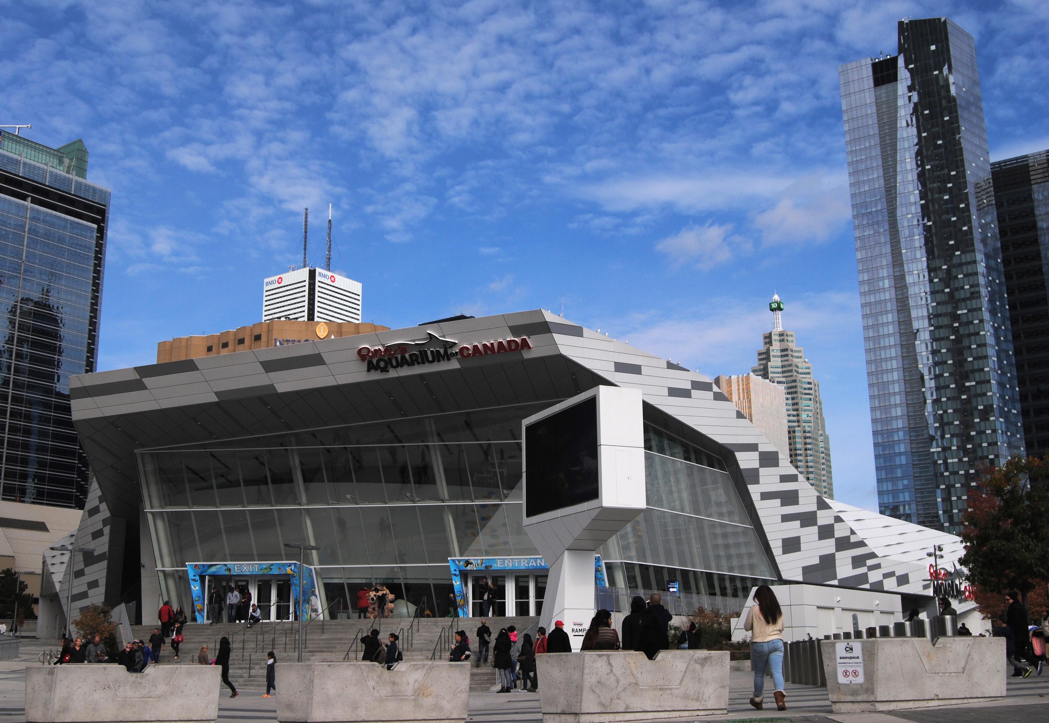 File:Ripley's Aquarium of Canada, Toronto, Ontario.jpg ...