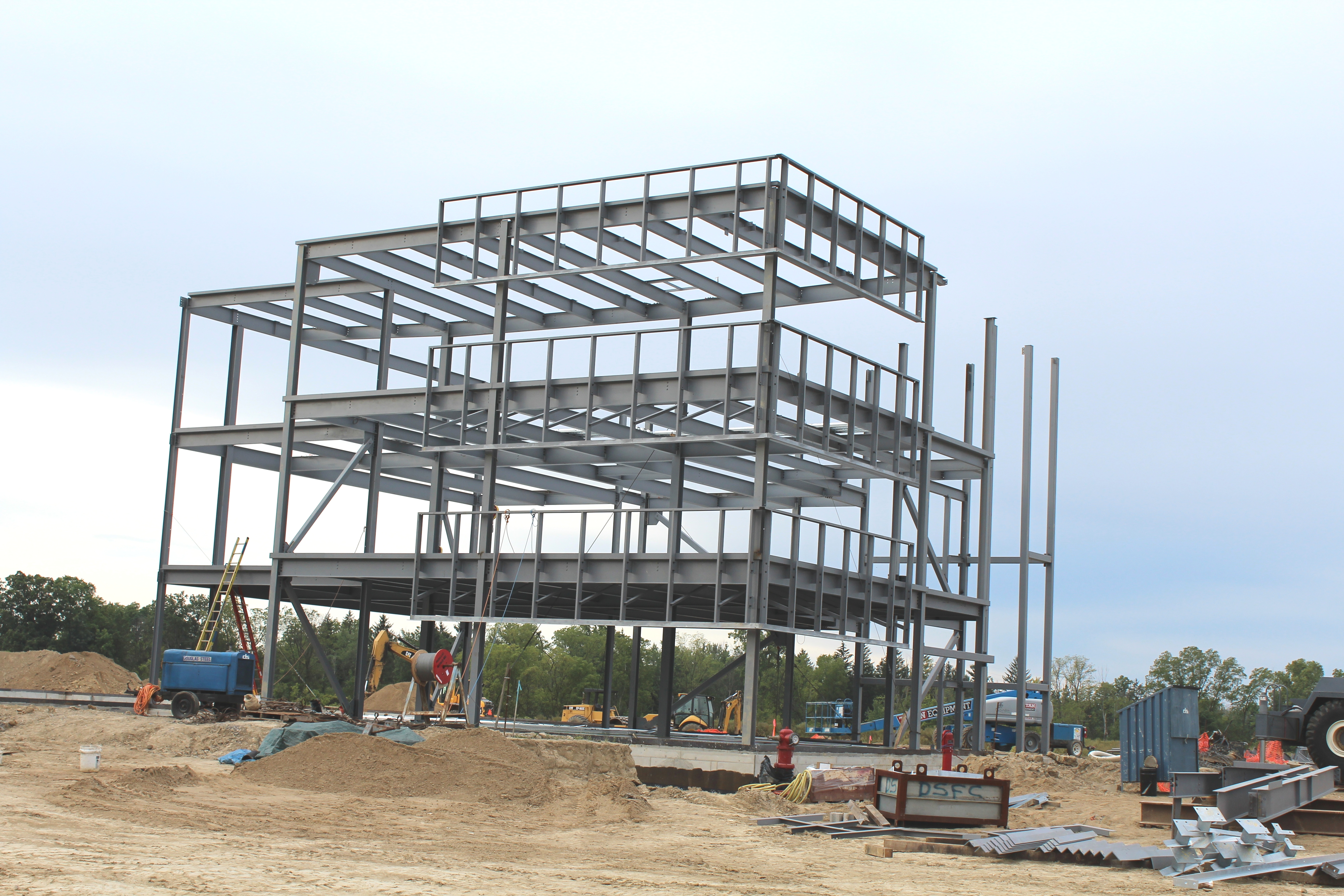 2 Car Garage With Apartment File Steel Frame Commercial Building Under Construction