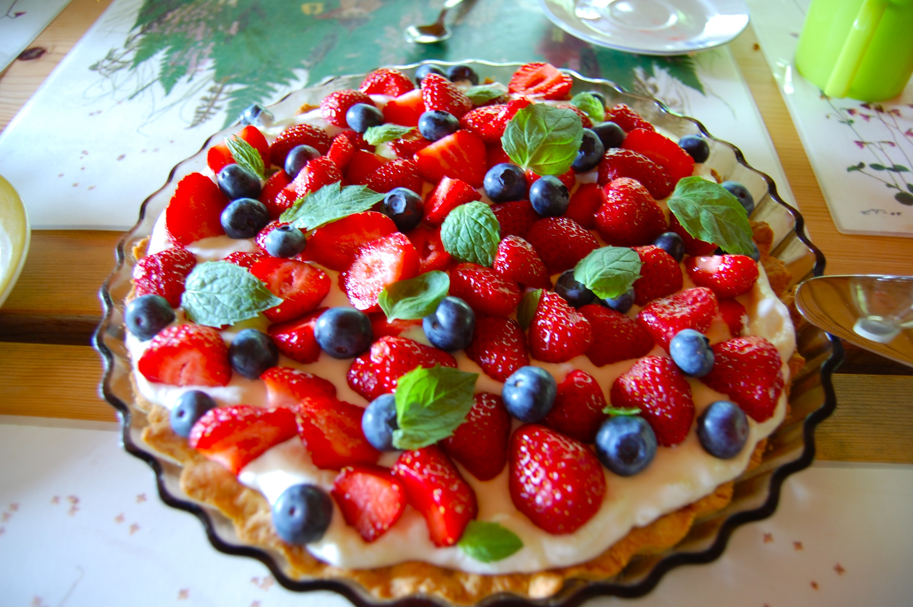 Description Strawberry-blueberry pie, July 2009.jpg
