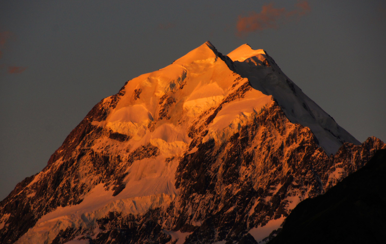File:Sunset over Mount Cook. NZ (8363137613).jpg
