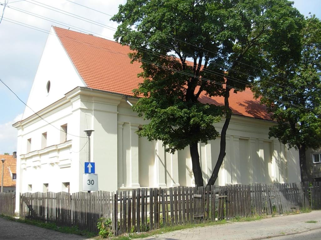 Synagoga w Fordonie 08-2012 a.jpg