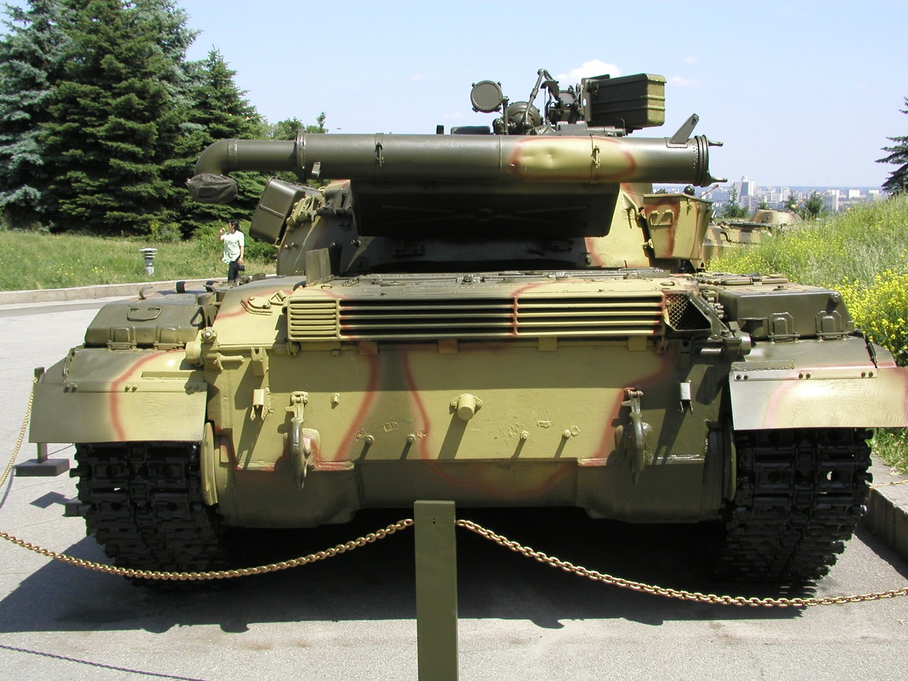 T-64_Kyiv_rear_view.JPG
