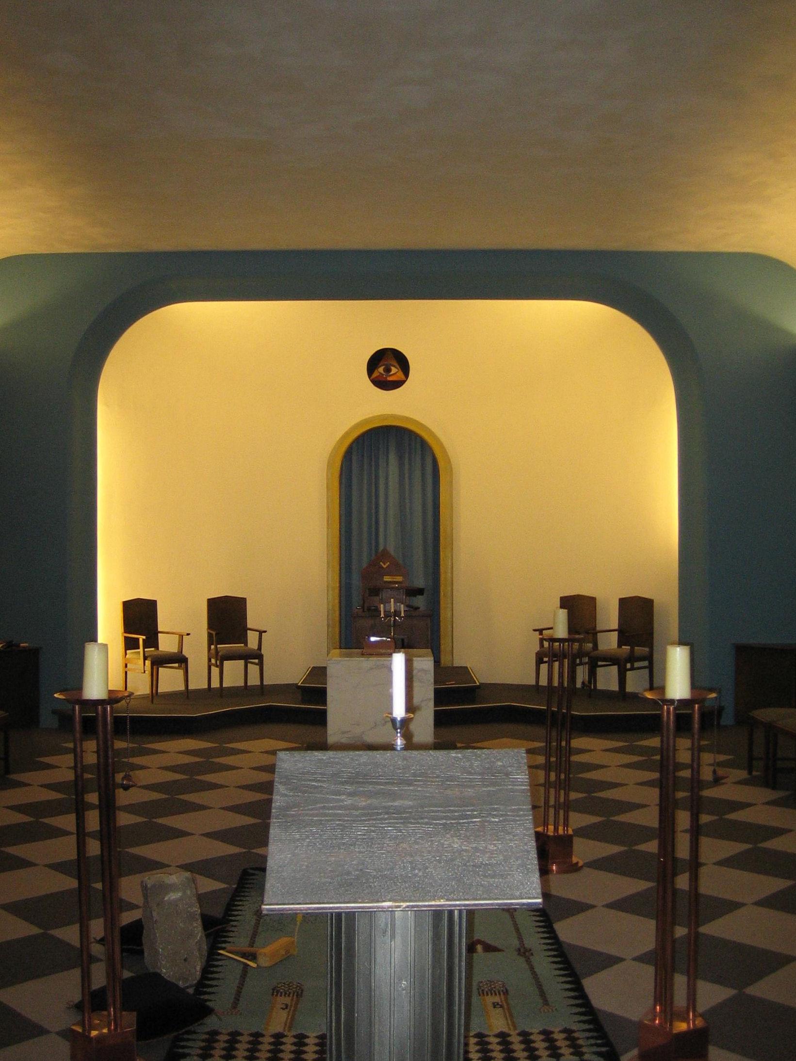 Tempel1.JPG (1641×2187)