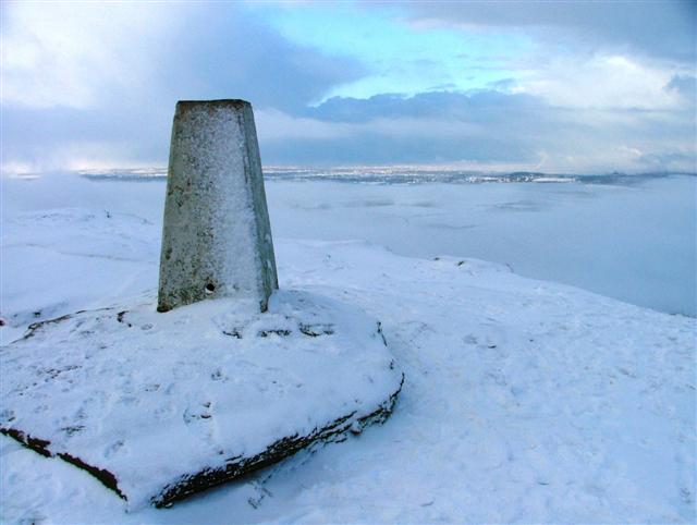 Trig. Point, Roseberry Topping - geograph.org.uk - 99755