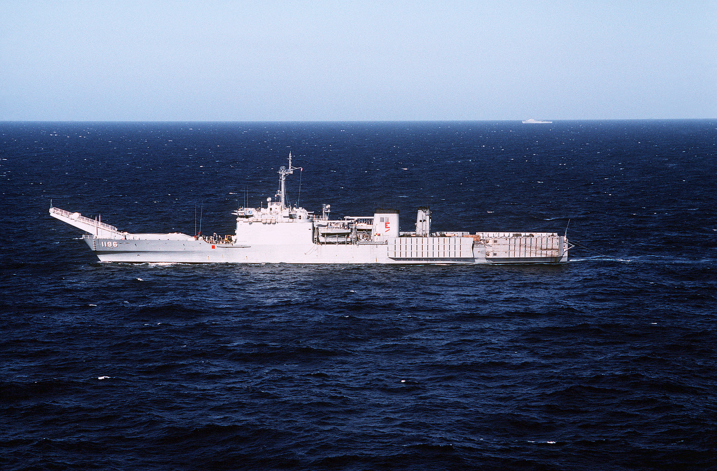 File:USS Harlan County (LST-1196) underway in the Caribbean 1984.