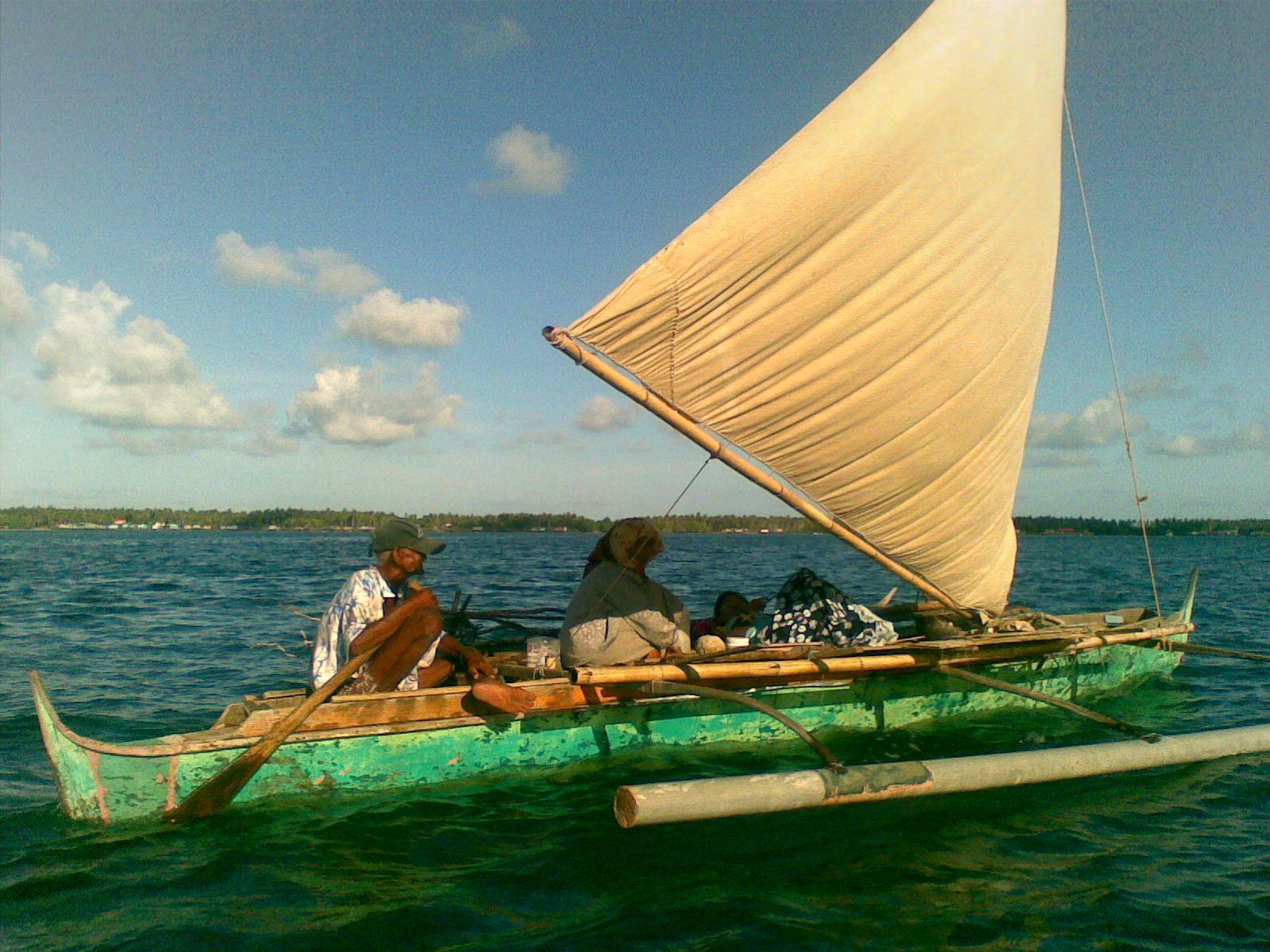 vinta boat of the bajau laut people.jpg