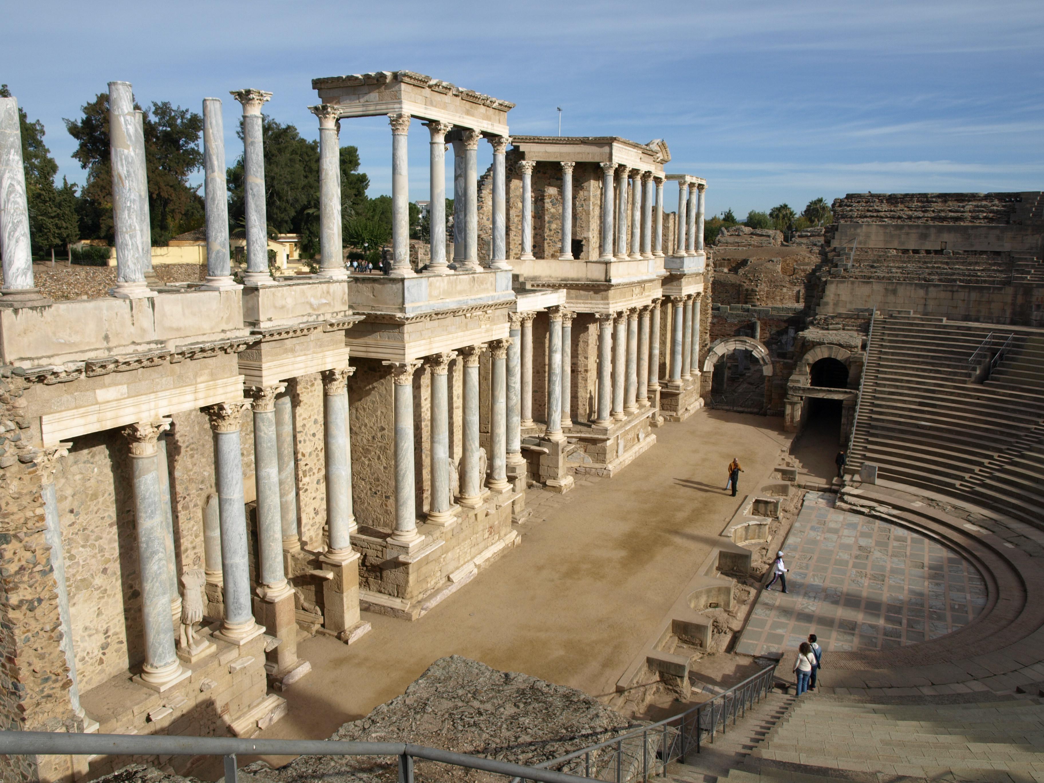 Baños Roma Obra De Teatro:Archivo:02Teatro romano (49)JPG – Wikipedia, la enciclopedia libre