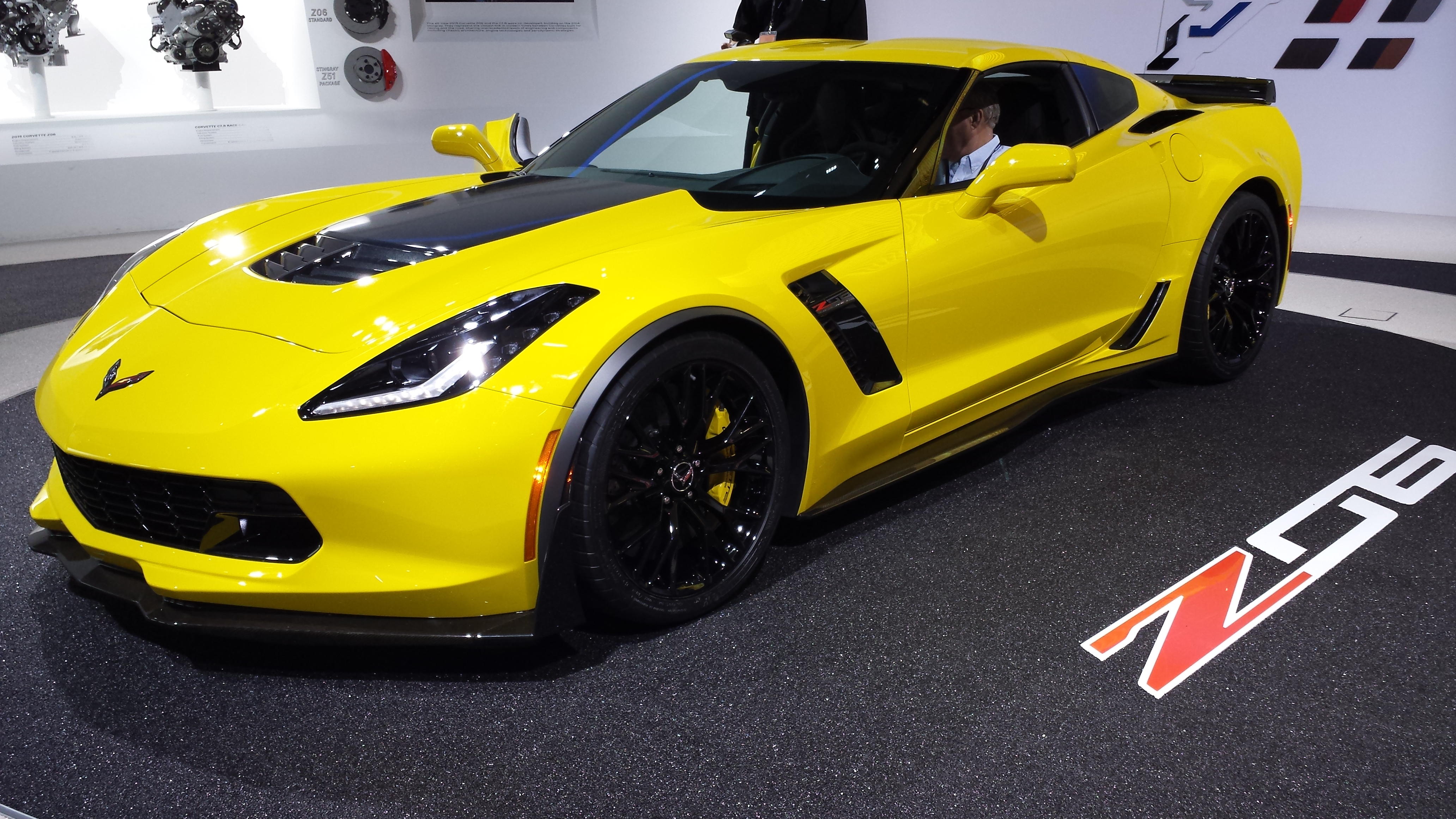 2015 chevy stingray corvette z06 debut at detriot auto show 2. Cars Review. Best American Auto & Cars Review