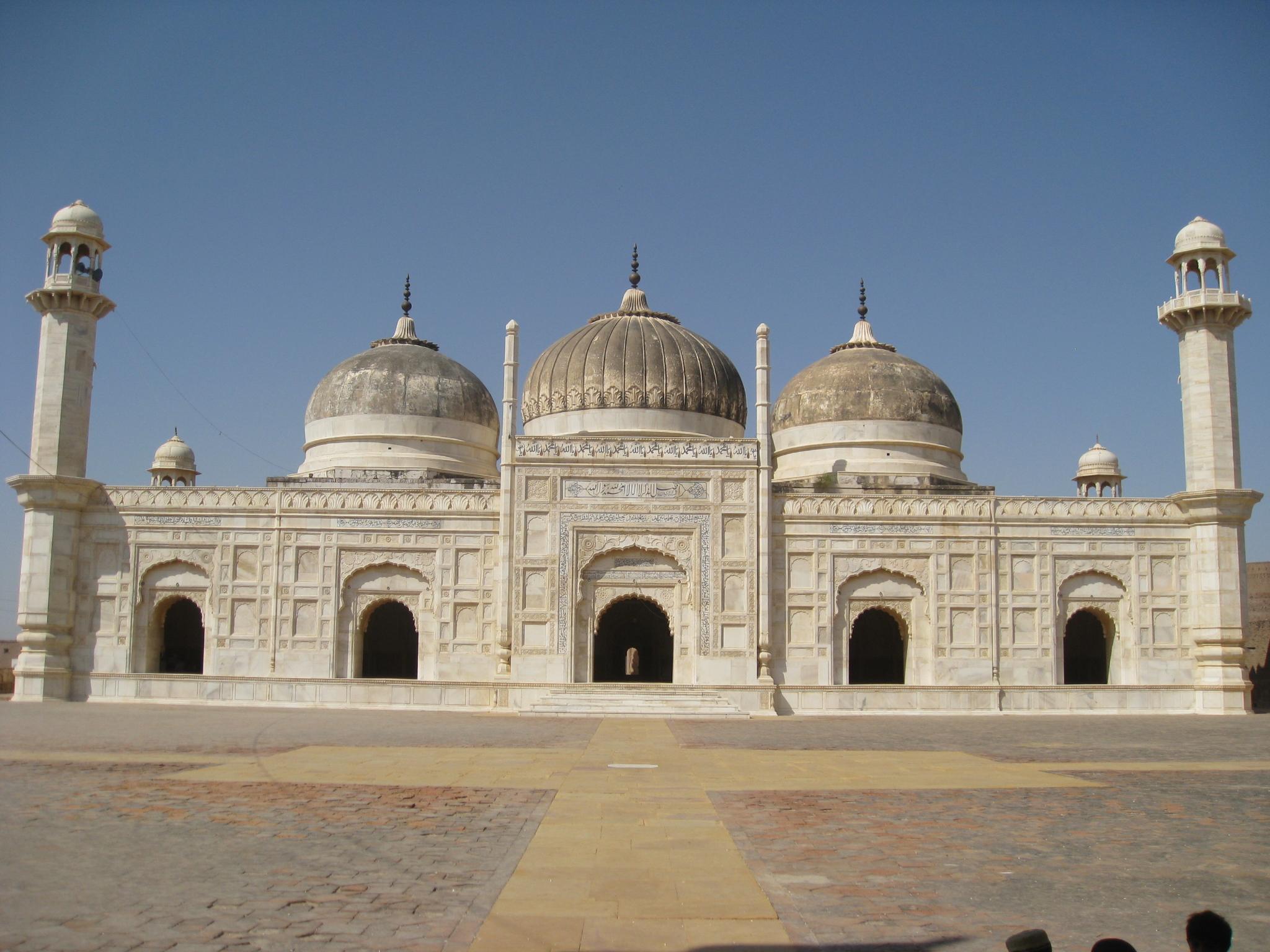Abbasi Mosque - Wikipedia