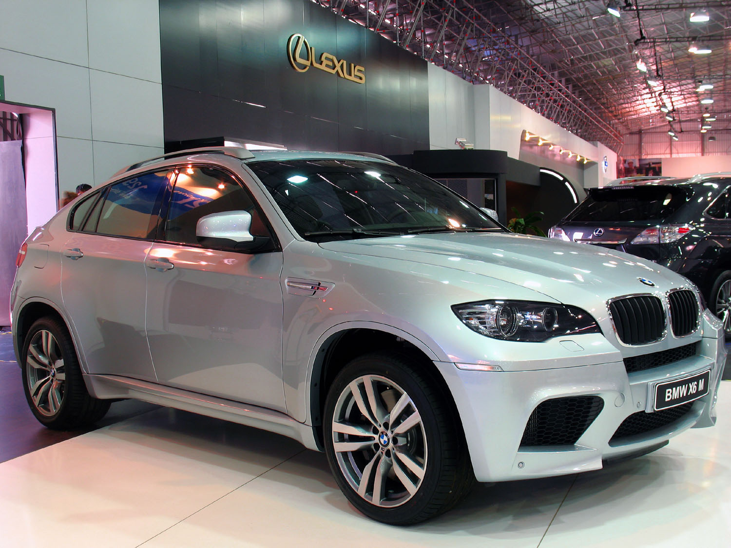 File Bmw X6m 2010 Jpg Wikipedia