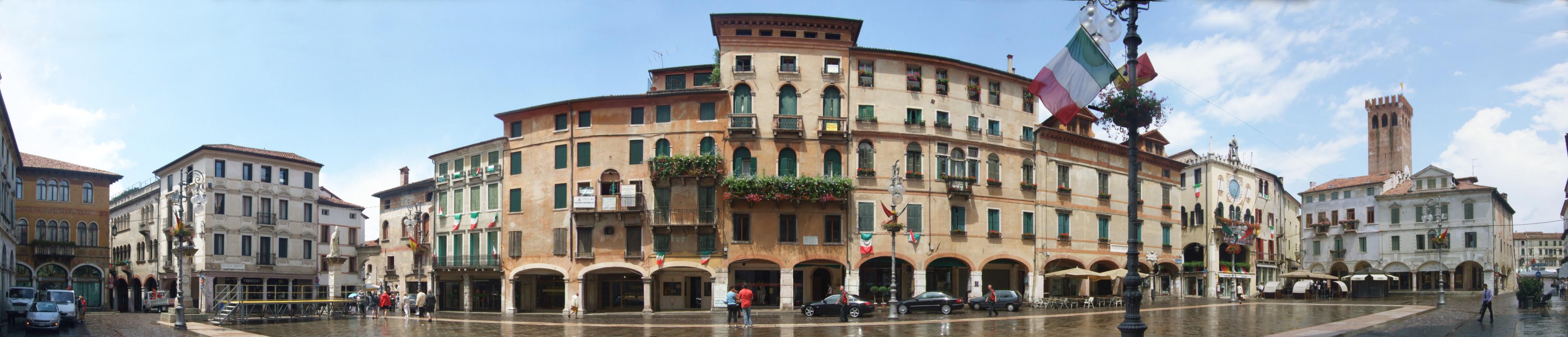 Bassano Del Grappa Italy  city photo : Bassano del Grappa Piazza della Liberta Wikipedia
