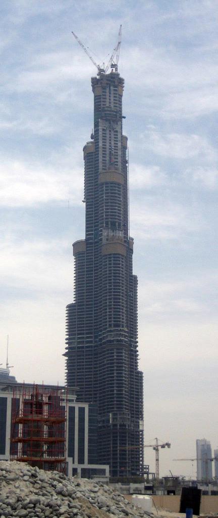 برج خليفة فى الامارات Burjdubaimay07