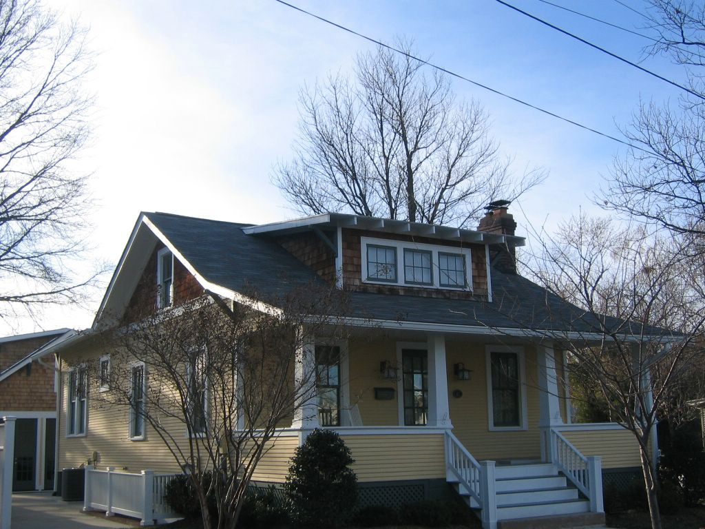 36sears Riverside as well Estilo Americano together with 1980er Haus Im Stil Des 21 Jahrhunderts additionally Country Homes in addition 627 Hillside Front Exterior A. on american craftsman house plans