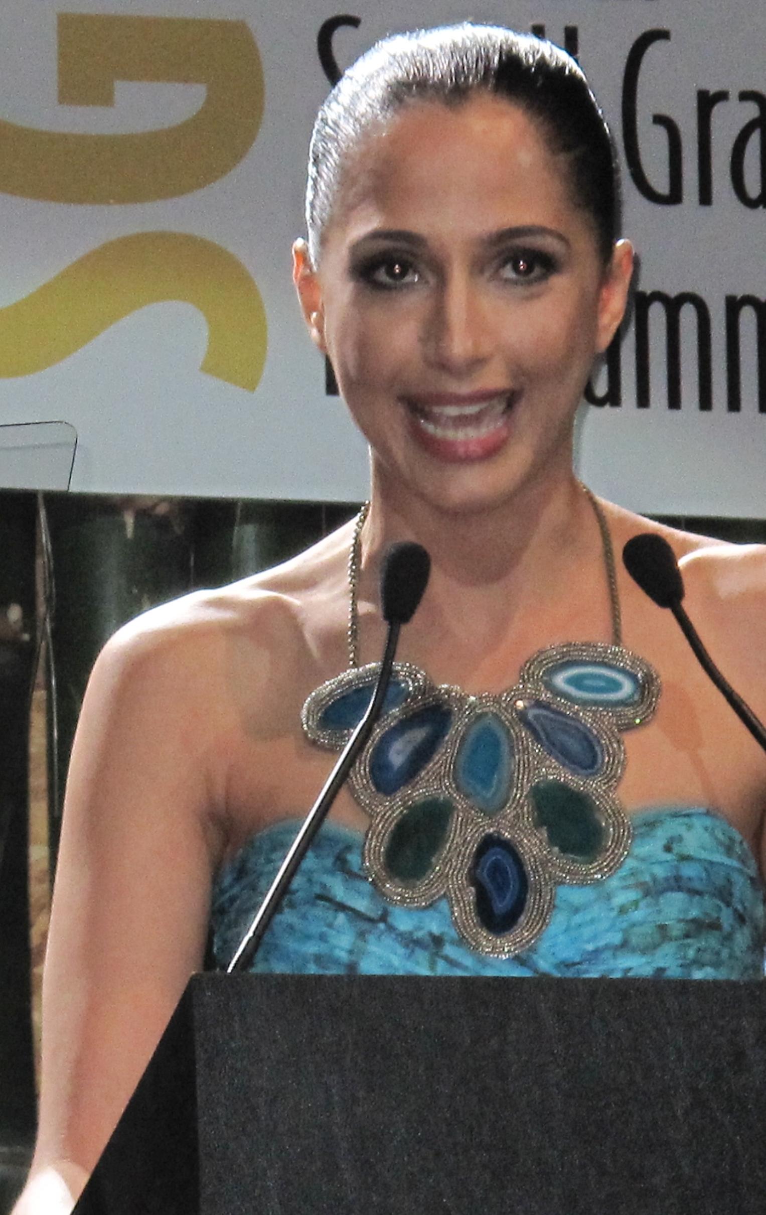 Fotos De Camila Pitanga Nua camila pitanga – wikipedia