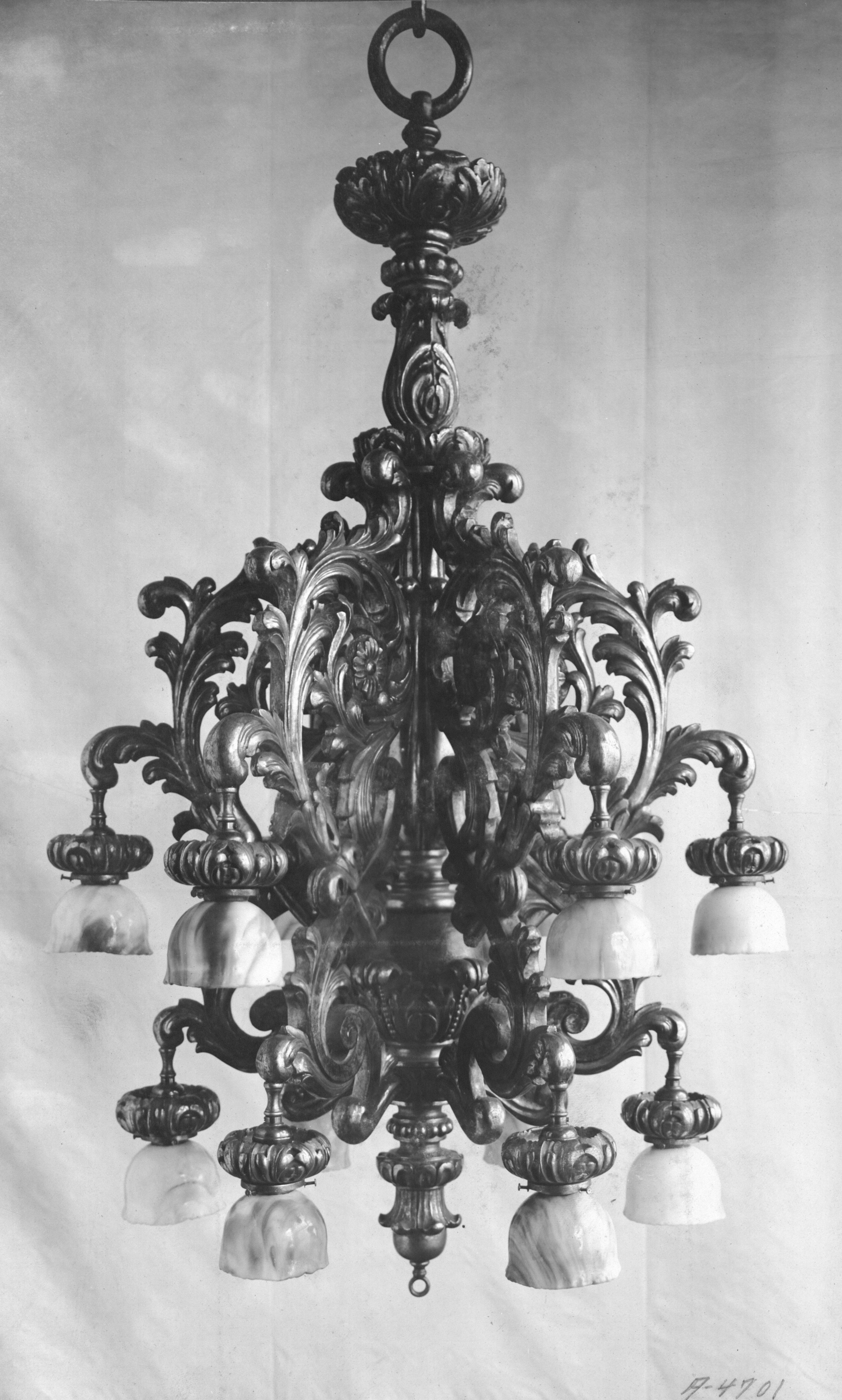 file chandelier home club new york city 3833540854 jpg