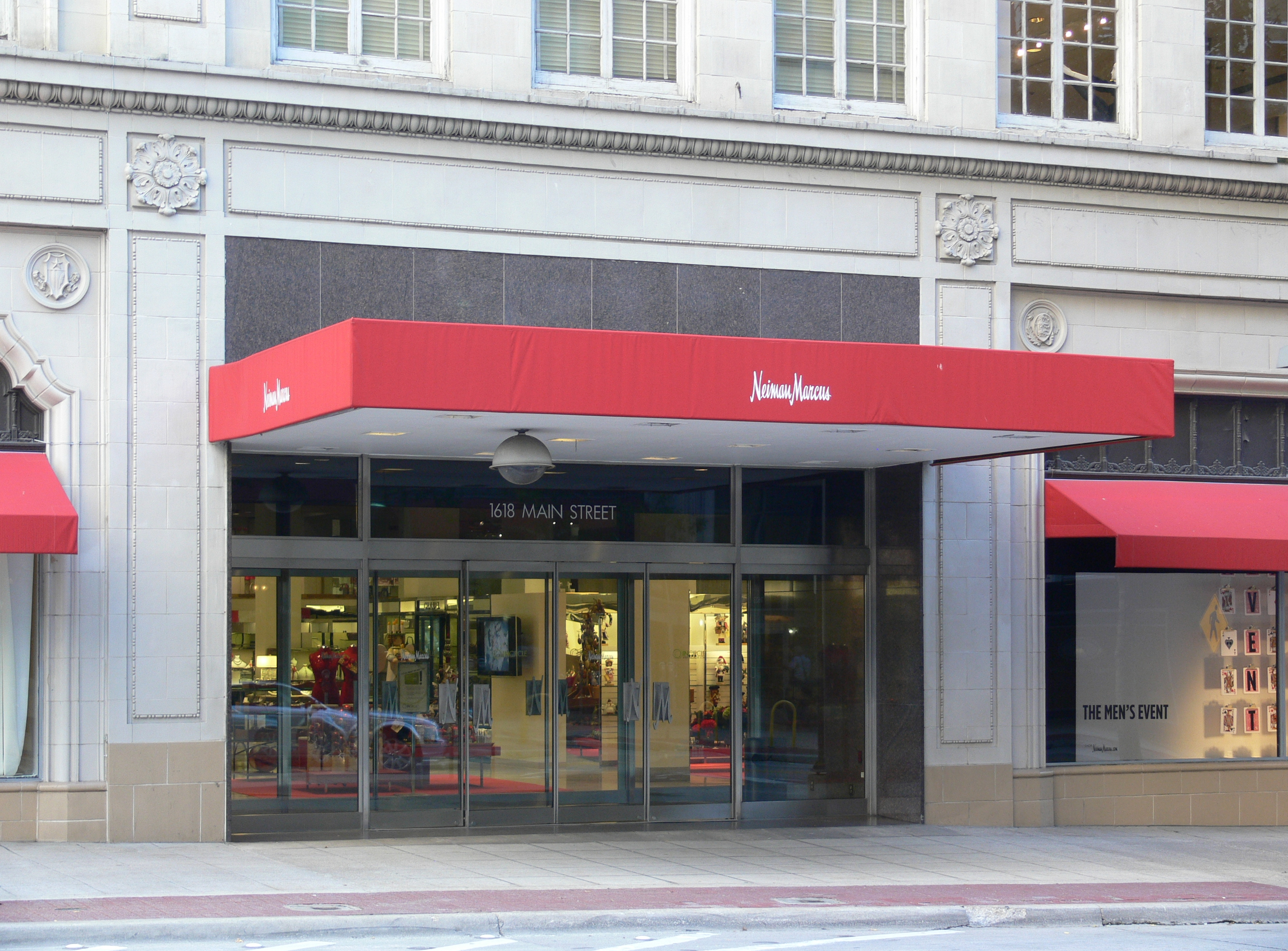 File:Dallas Neiman Marcus 2.jpg