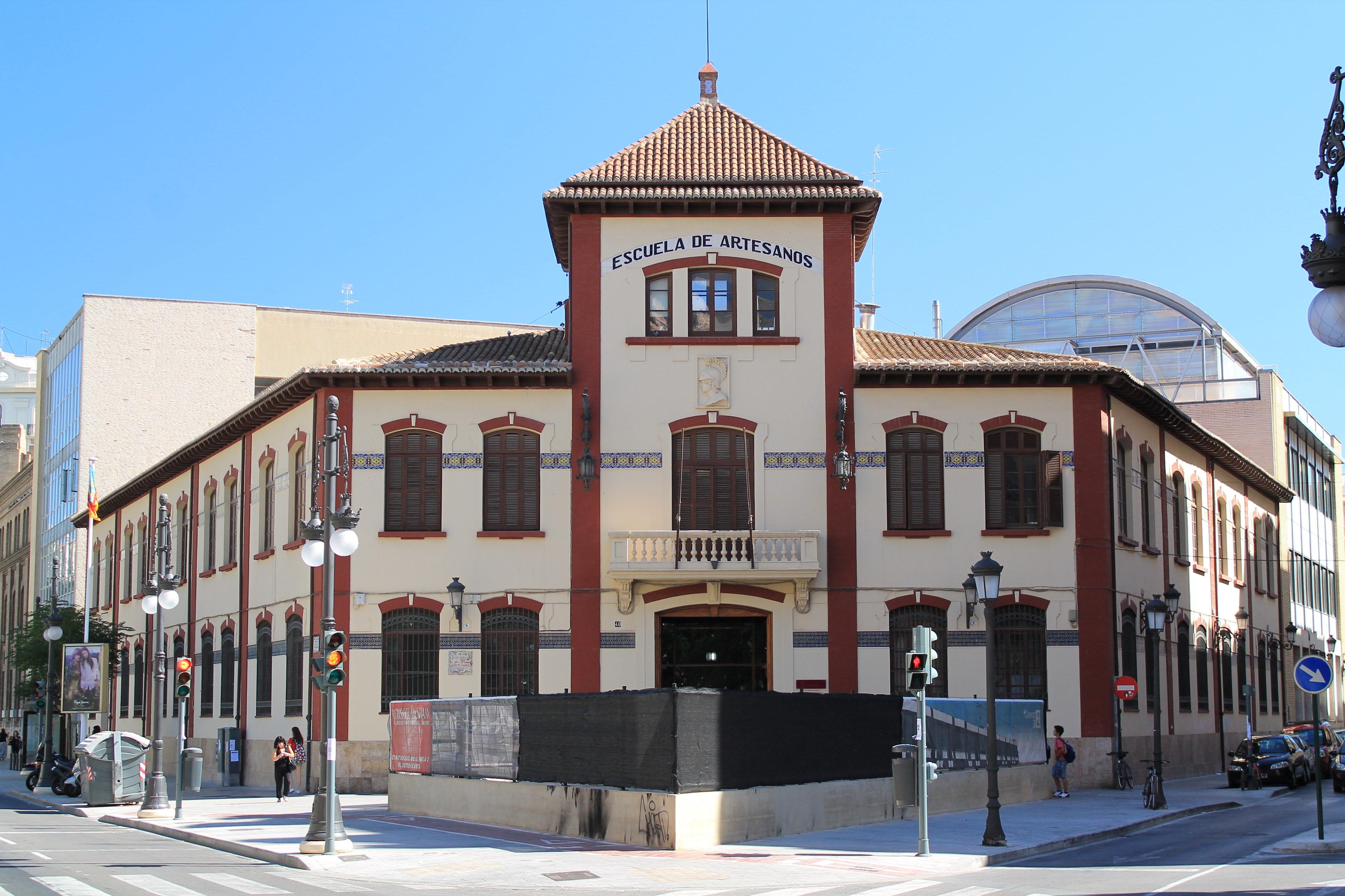 file escuela de artesanos wikimedia commons