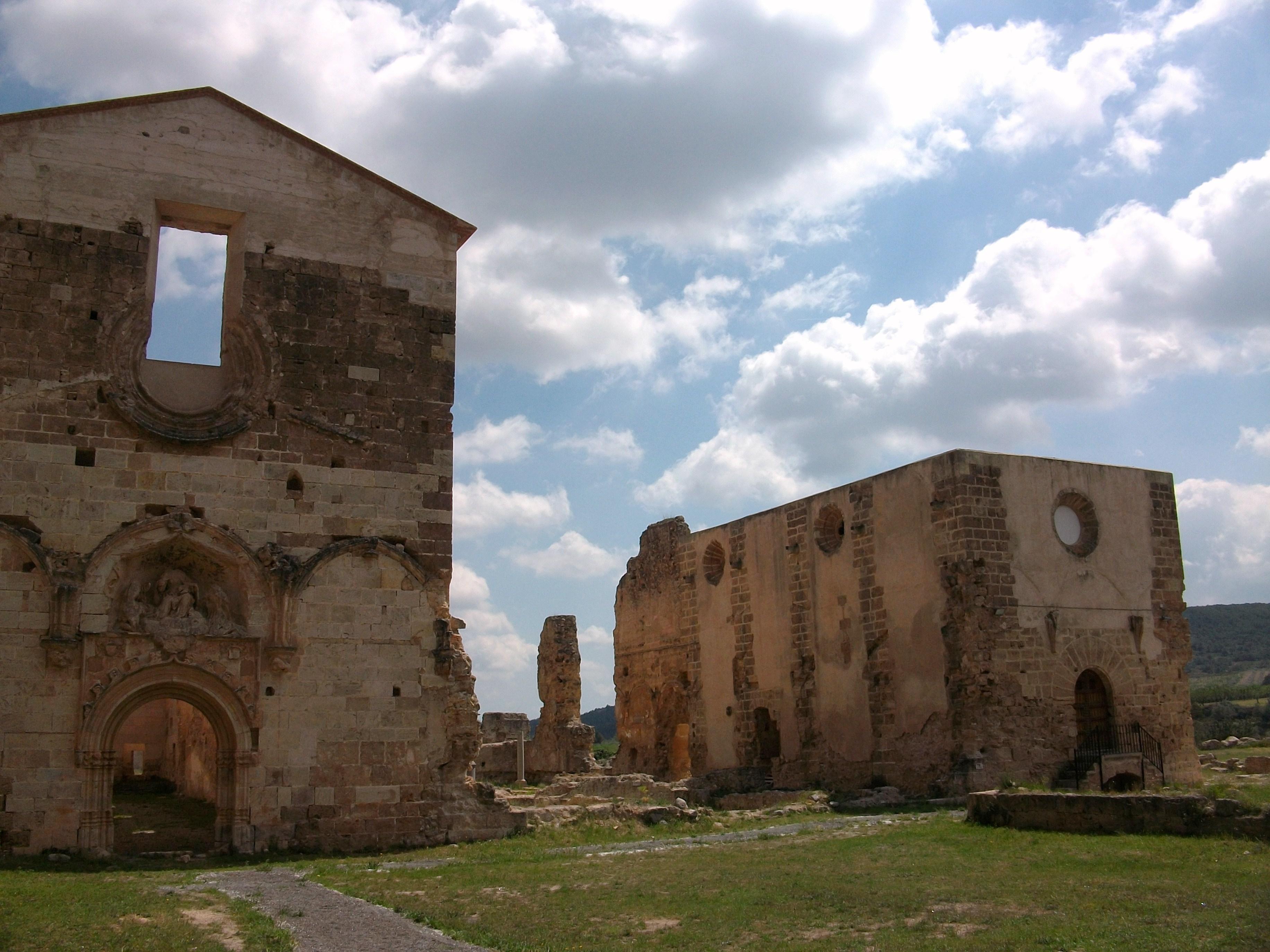 File:Església de la Mare de Déu dels Àngels i capella de Sant Martí, cartoixa...