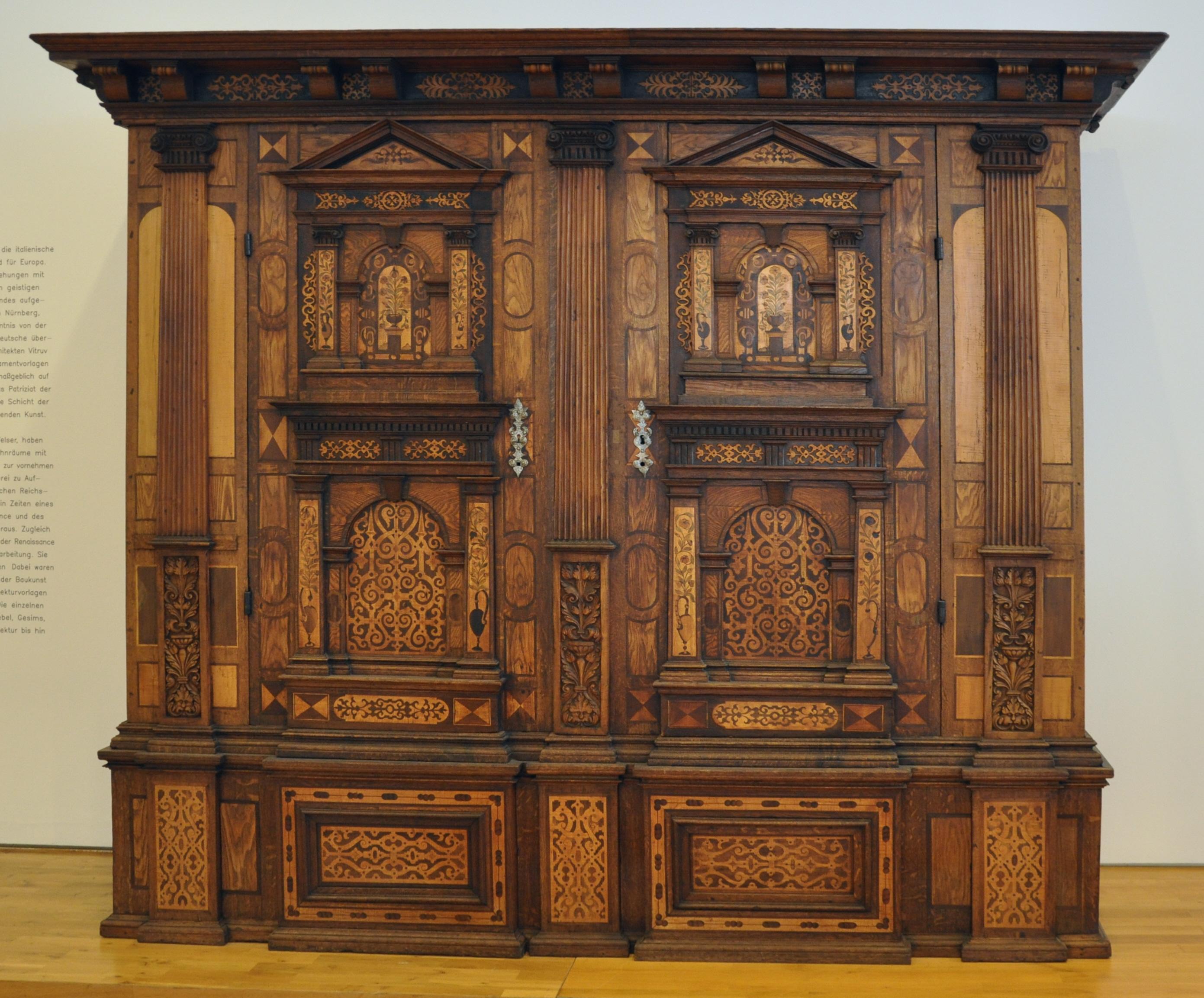 File fassadenschrank rothenburg makffm 31 wikimedia commons - Restaurieren mobel ...