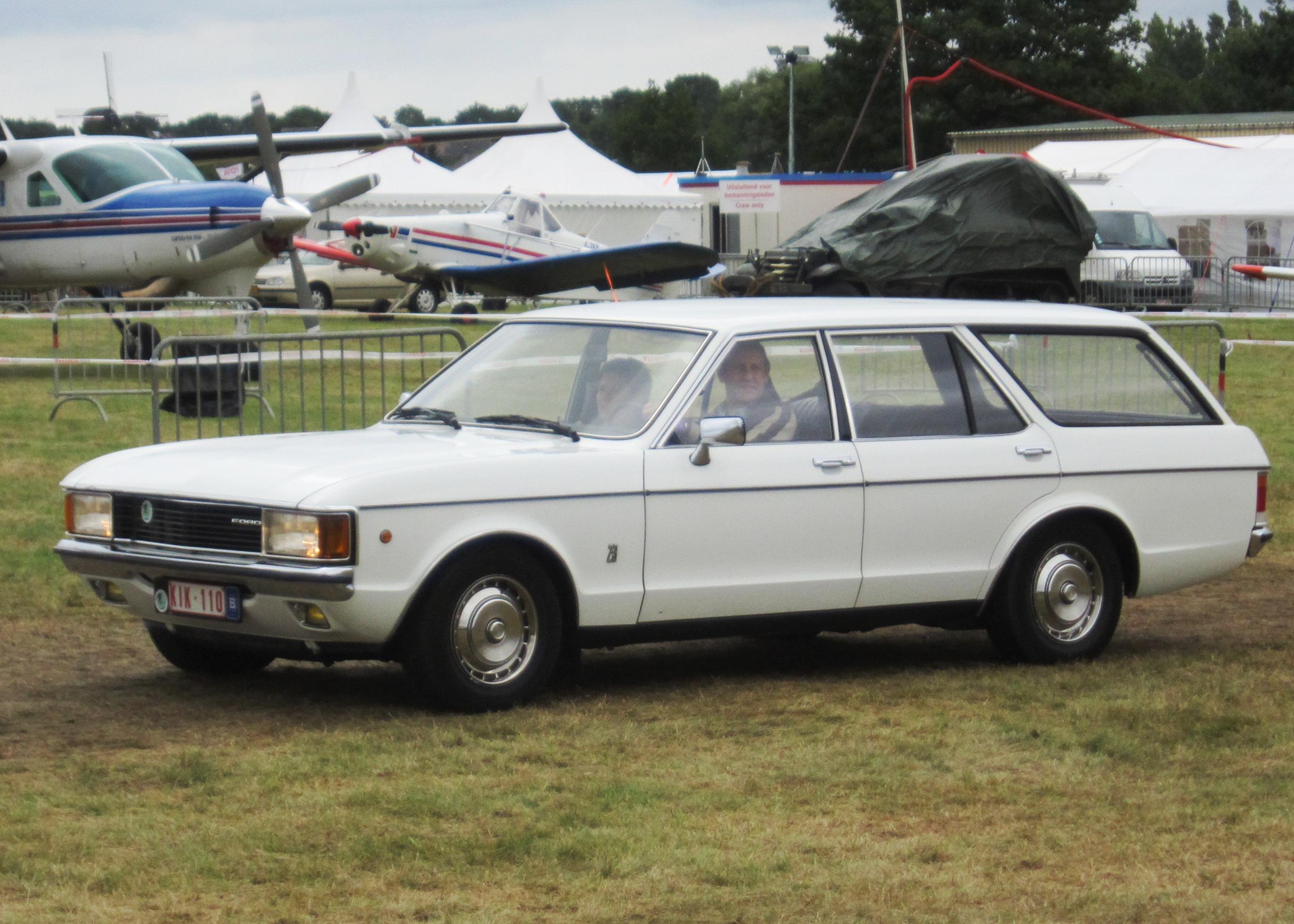 File:Ford Granada Turnier 2.3 (ca 1975) in Vlaams-Brabant ...