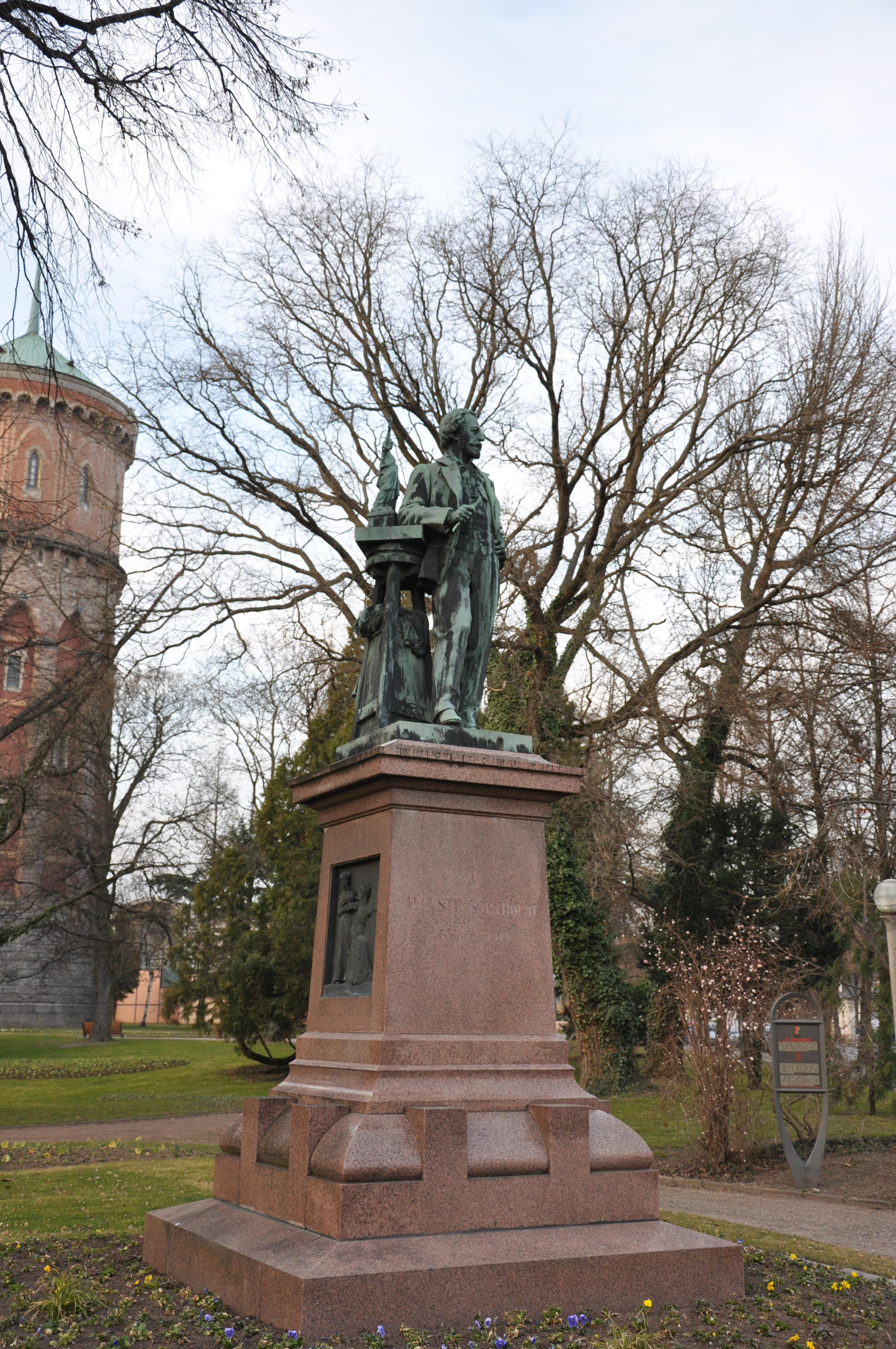 File:Frédéric Auguste Bartholdi (1834 - 1904), Parc du Château d\'Eau ...