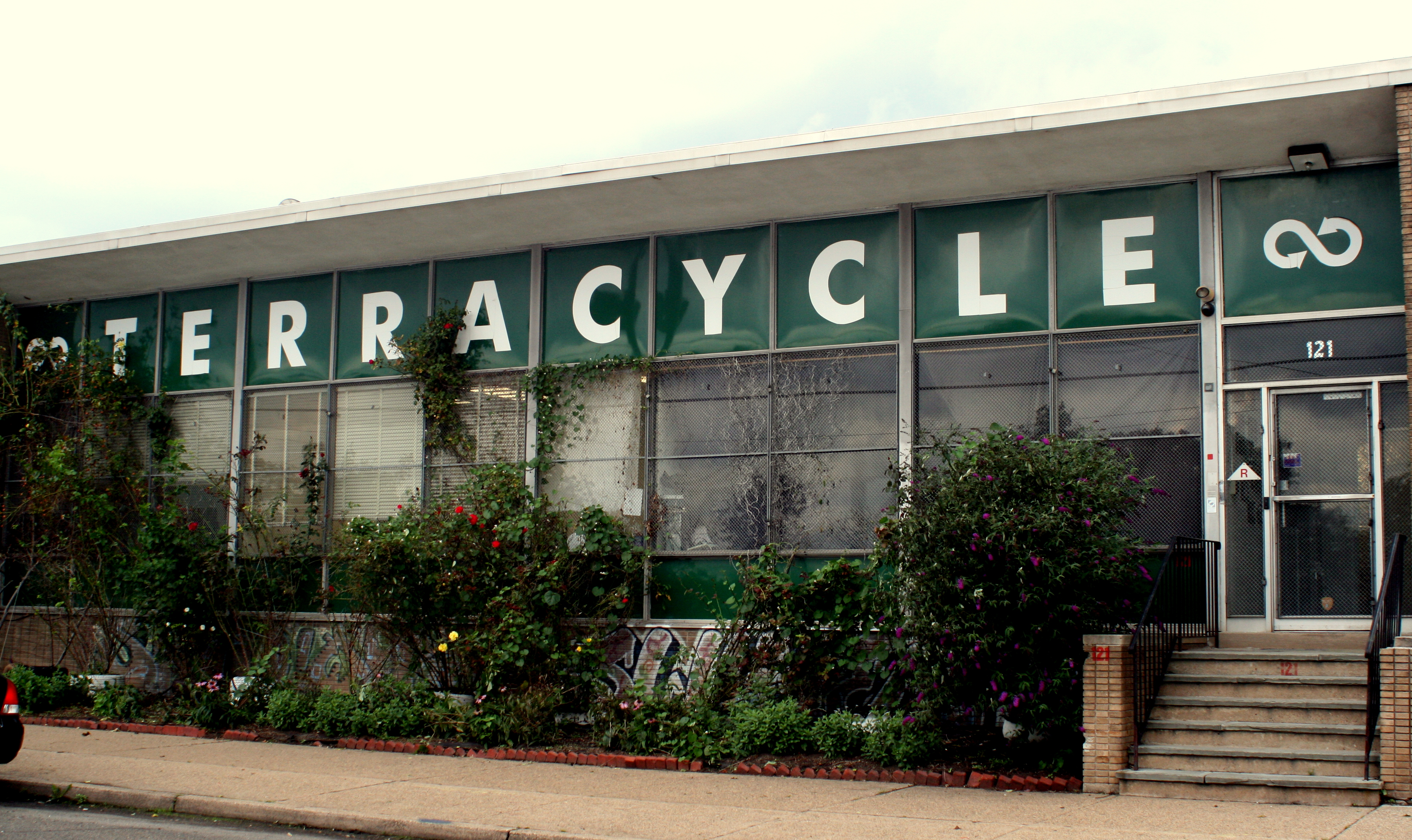 File:Front of TerraCycle HQ.jpg - Wikimedia Commons