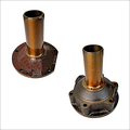 Gearbox main drive retainer
