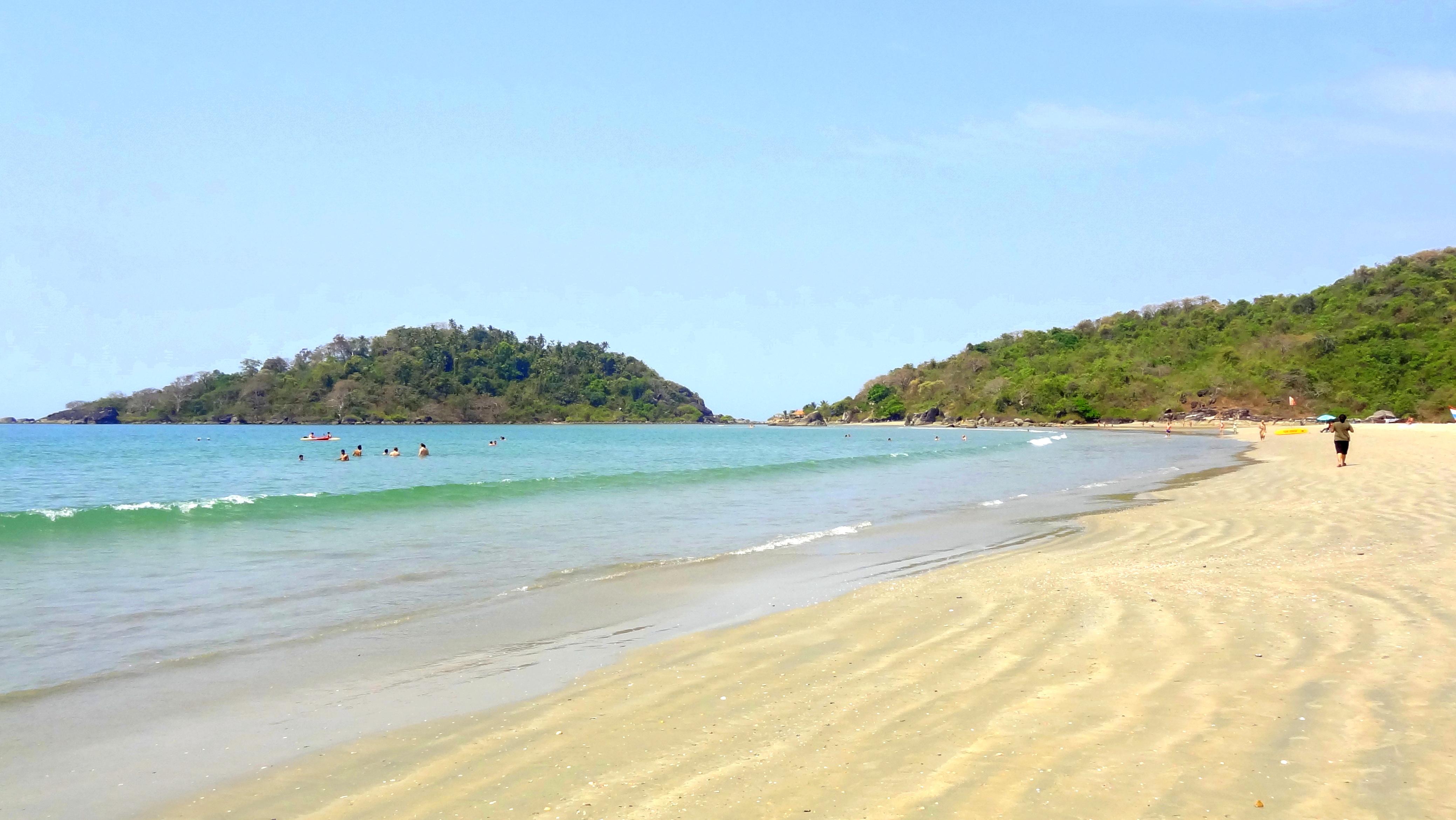 File Goa Beautiful Beach Jpg Wikimedia Commons