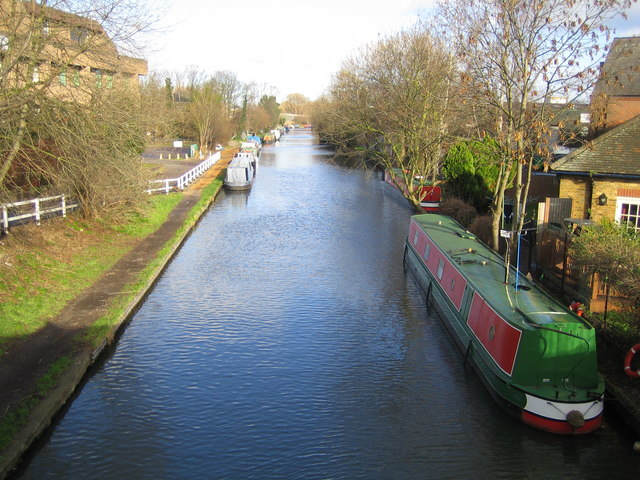 Grand Union Canal in Uxbridge - geograph.org.uk - 317504