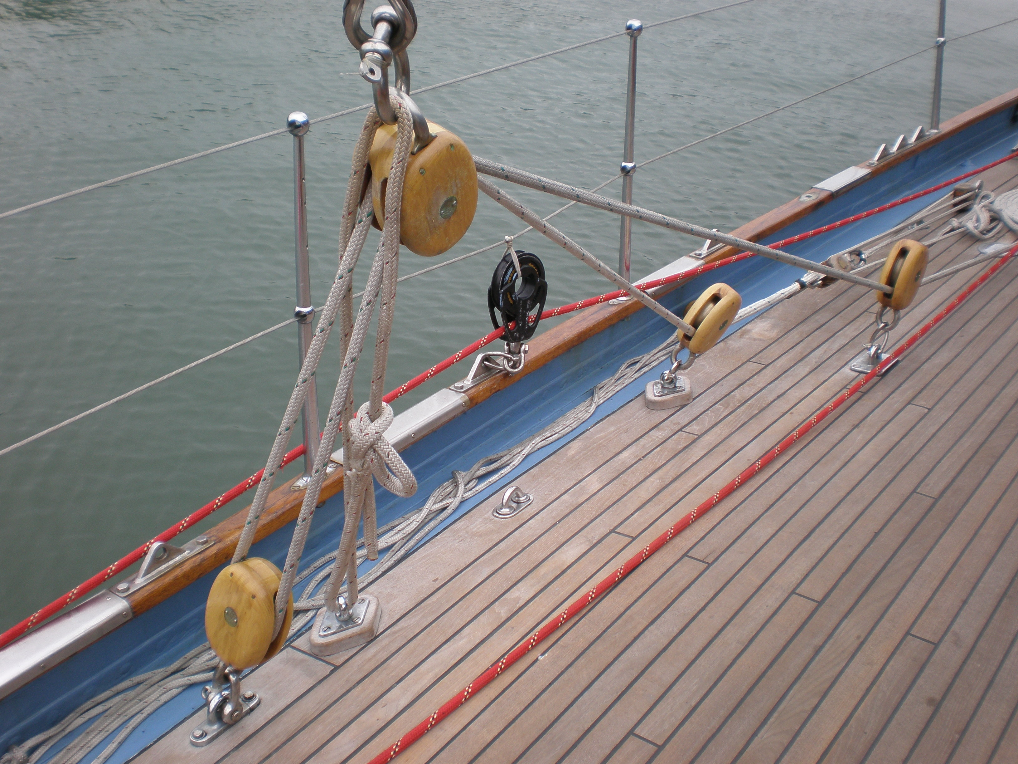 File:HMCS Oriole lines 2 JPG - Wikimedia Commons