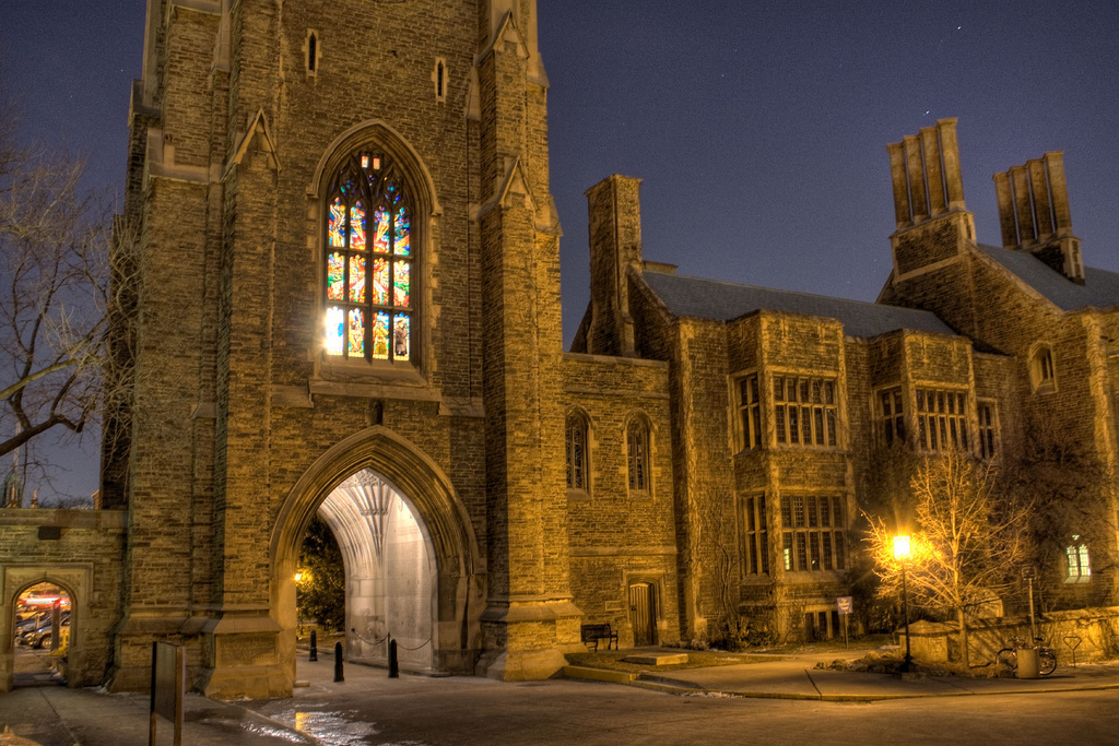 Hart House at night - CC BY 2.0
