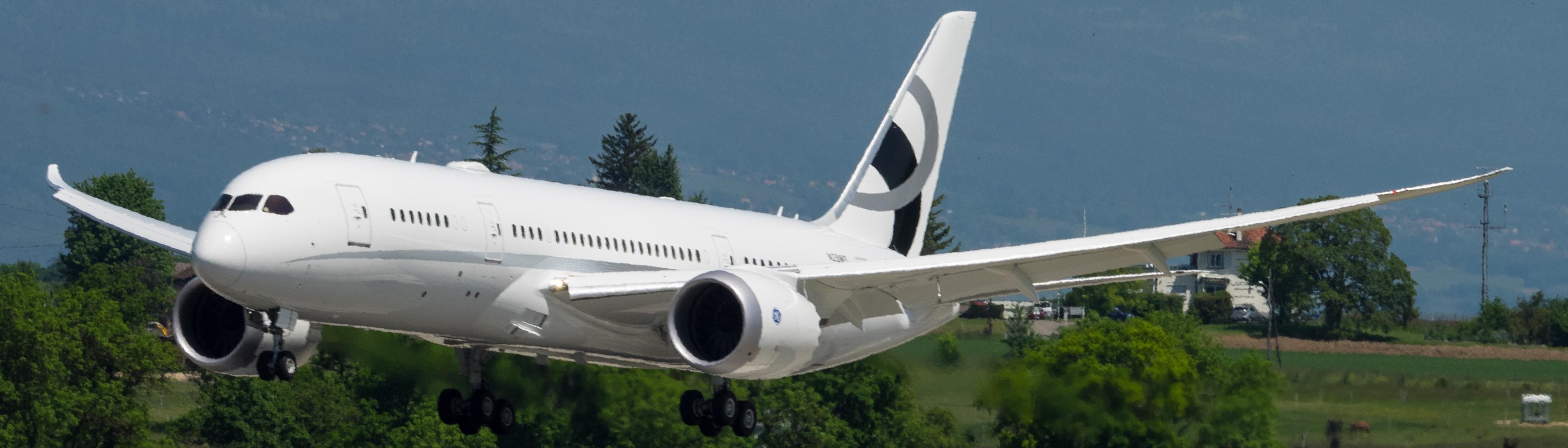 File:Jet Aviation Flight Services, Boeing 787-8 Dreamliner