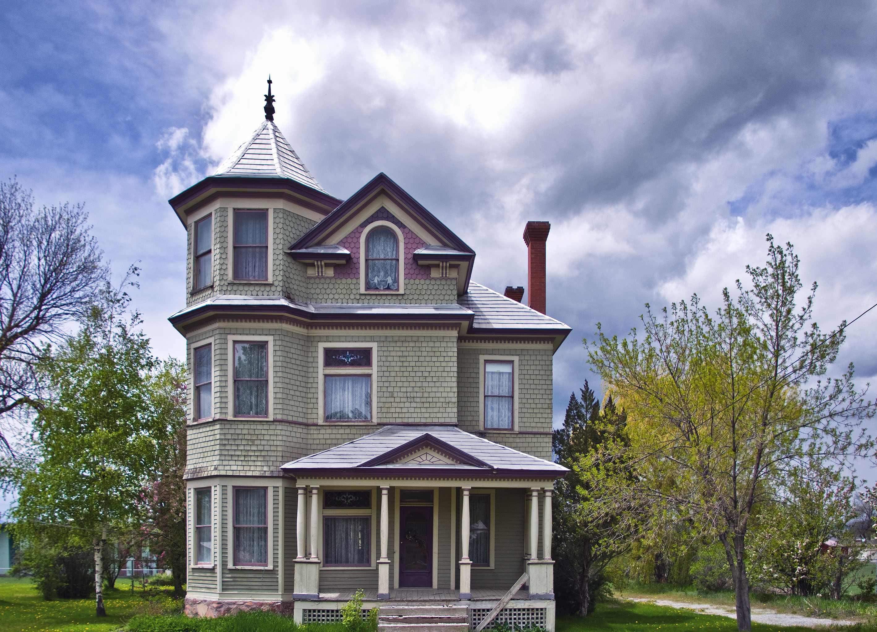 located at 155 North 5th Street in Montpelier, and is on the National Register of Historic Places. Style: Victorian 'Queen Anne' I, the copyright holder